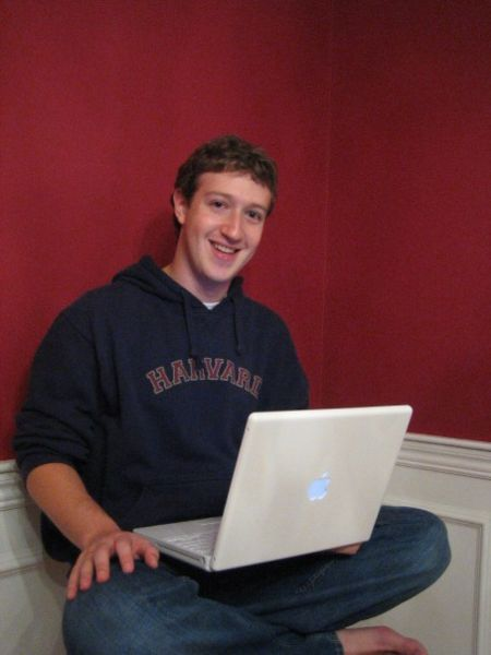 Home » Mark Zuckerberg, founder of Facebook, is Time Magazine's 2010 Person