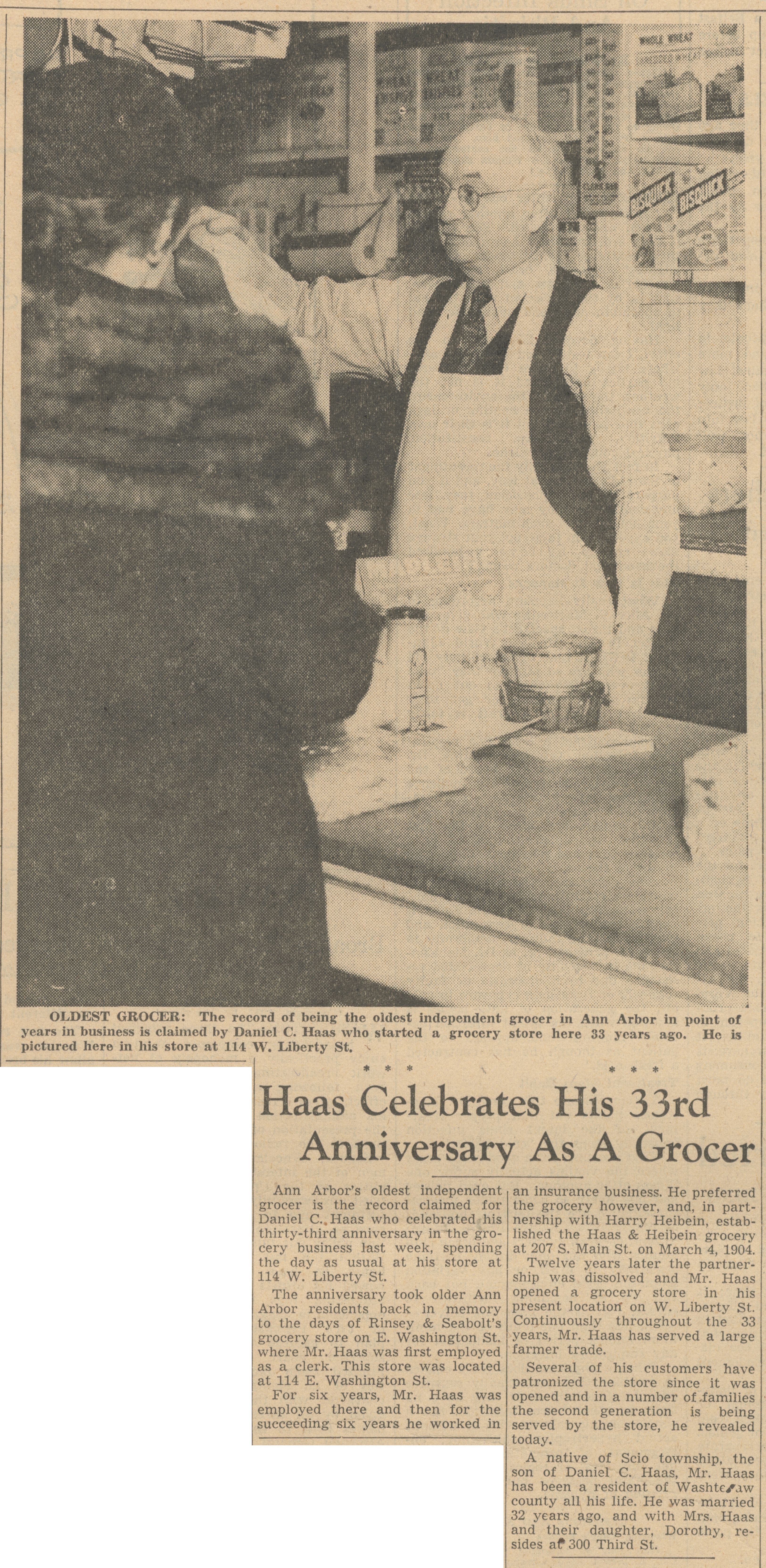 Haas Celebrates His 33rd Anniversary As A Grocer image