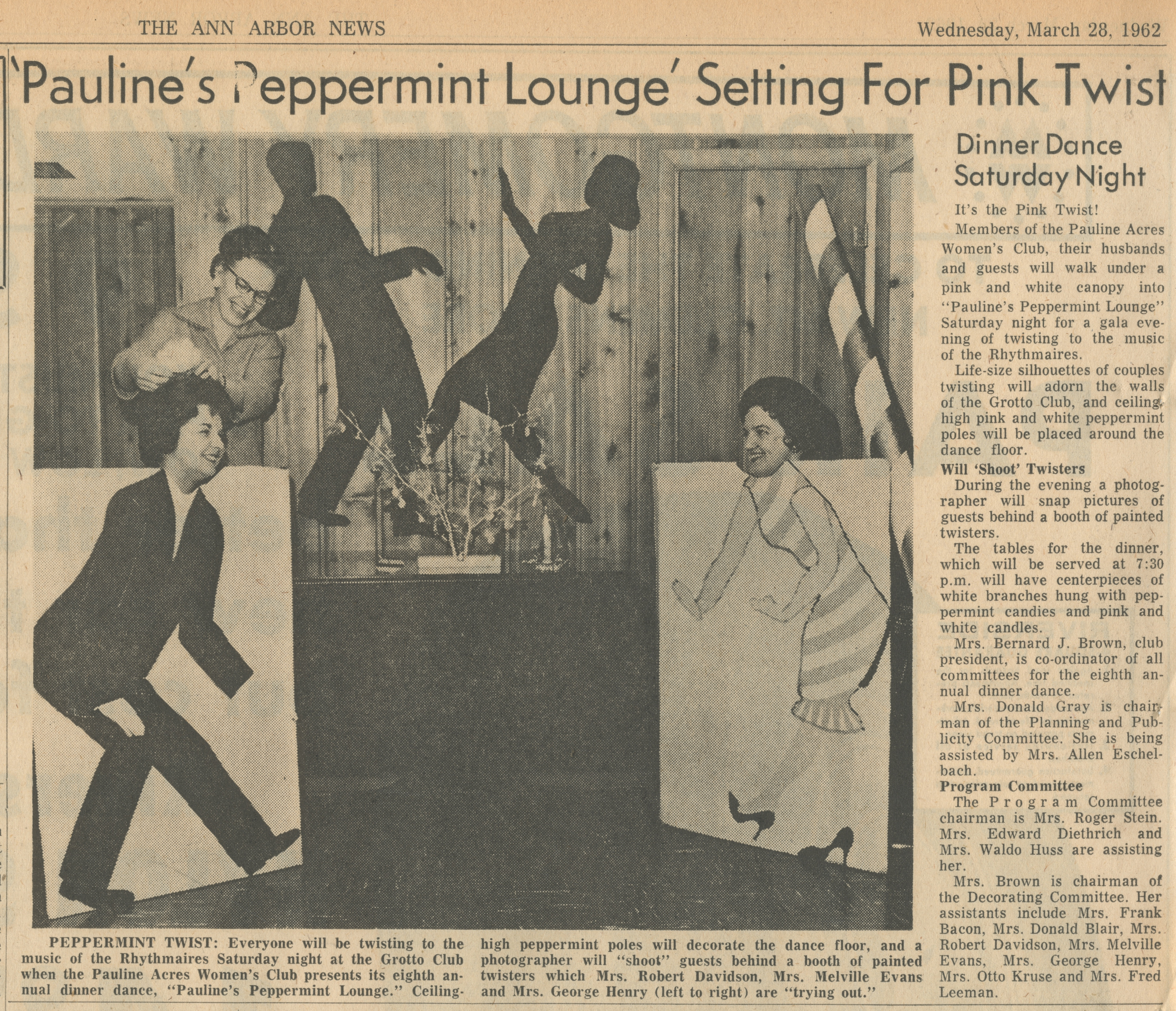 'Pauline's Peppermint Lounge' Setting For Pink Twist  image