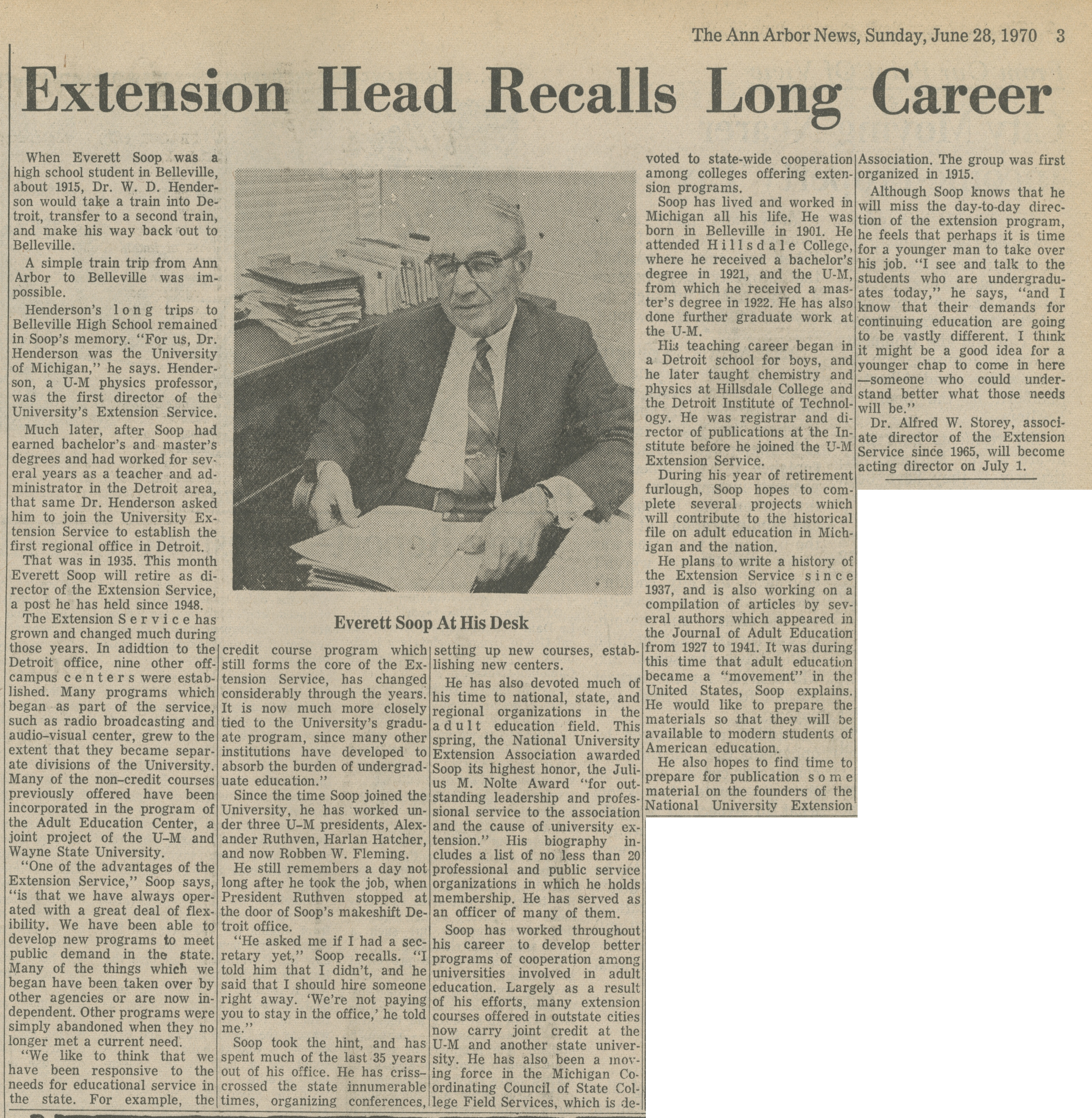 Extension Head Recalls Long Career image