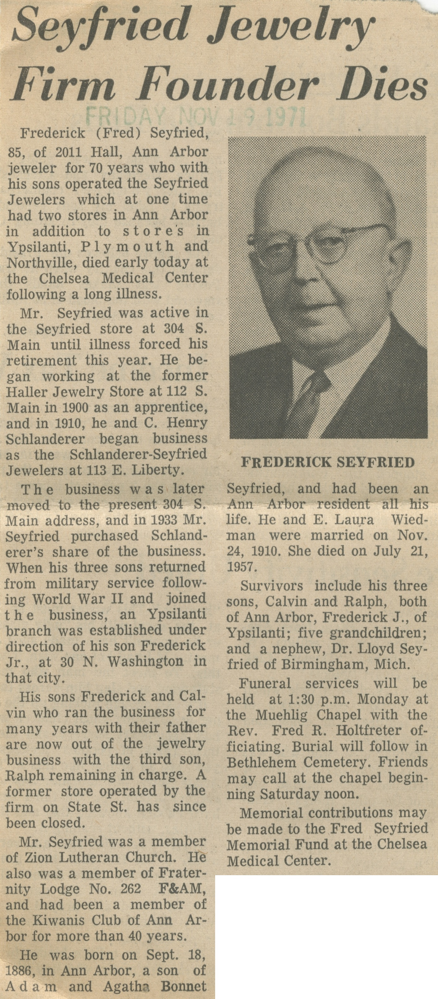 Seyfried Jewelry Firm Founder Dies image