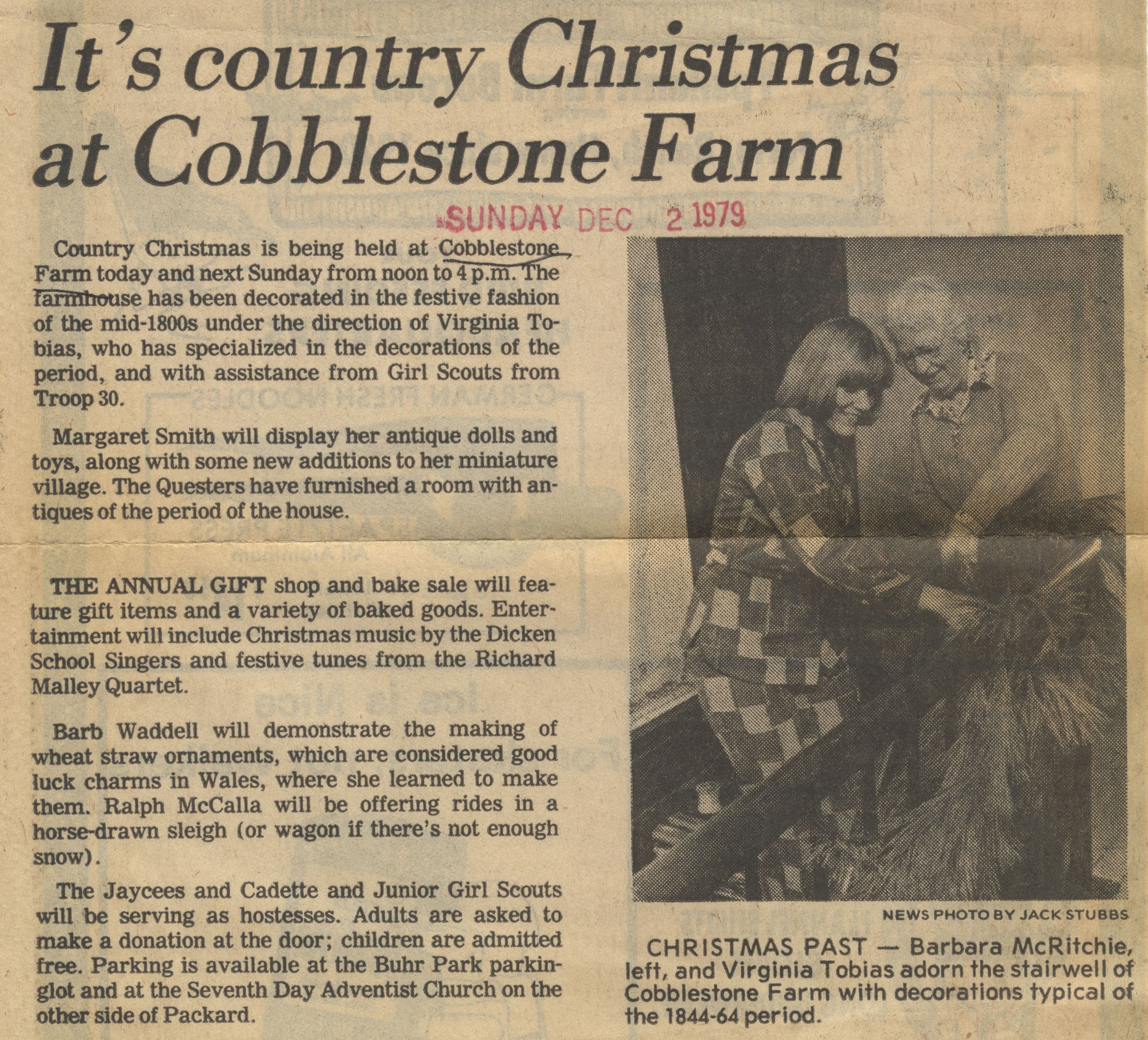 It's Country Christmas At Cobblestone Farm image