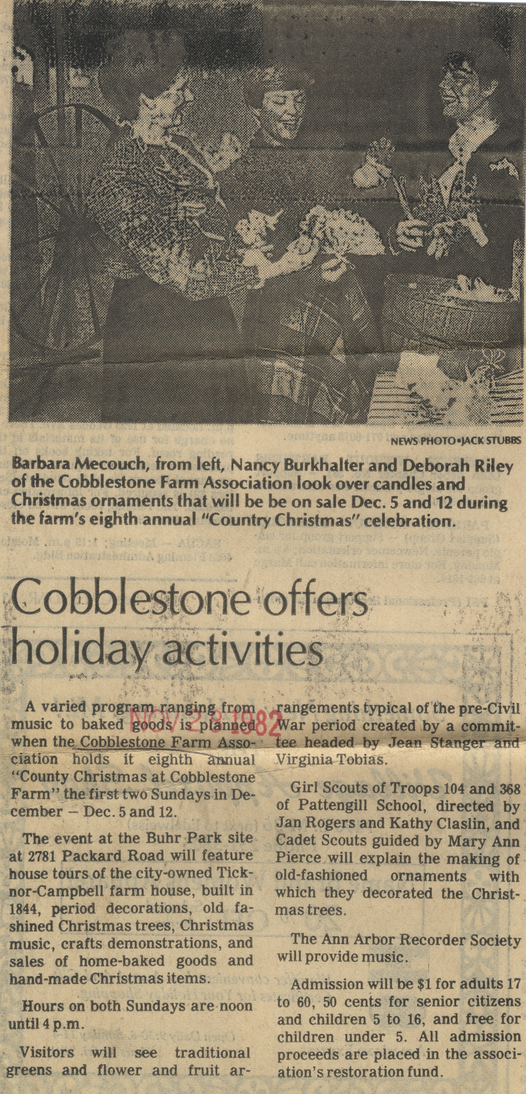 Cobblestone Offers Holiday Activities image