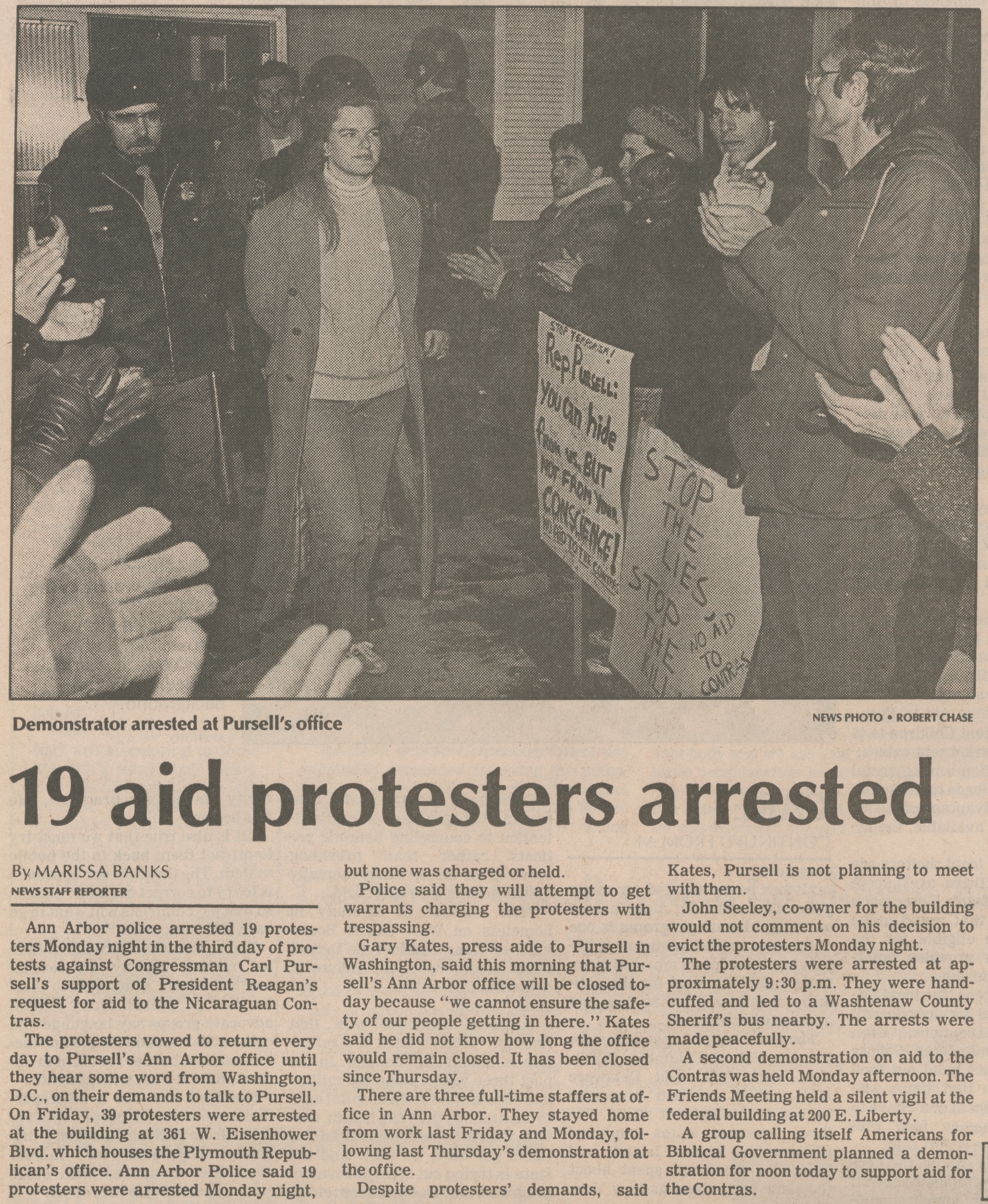 19 Aid Protesters Arrested image
