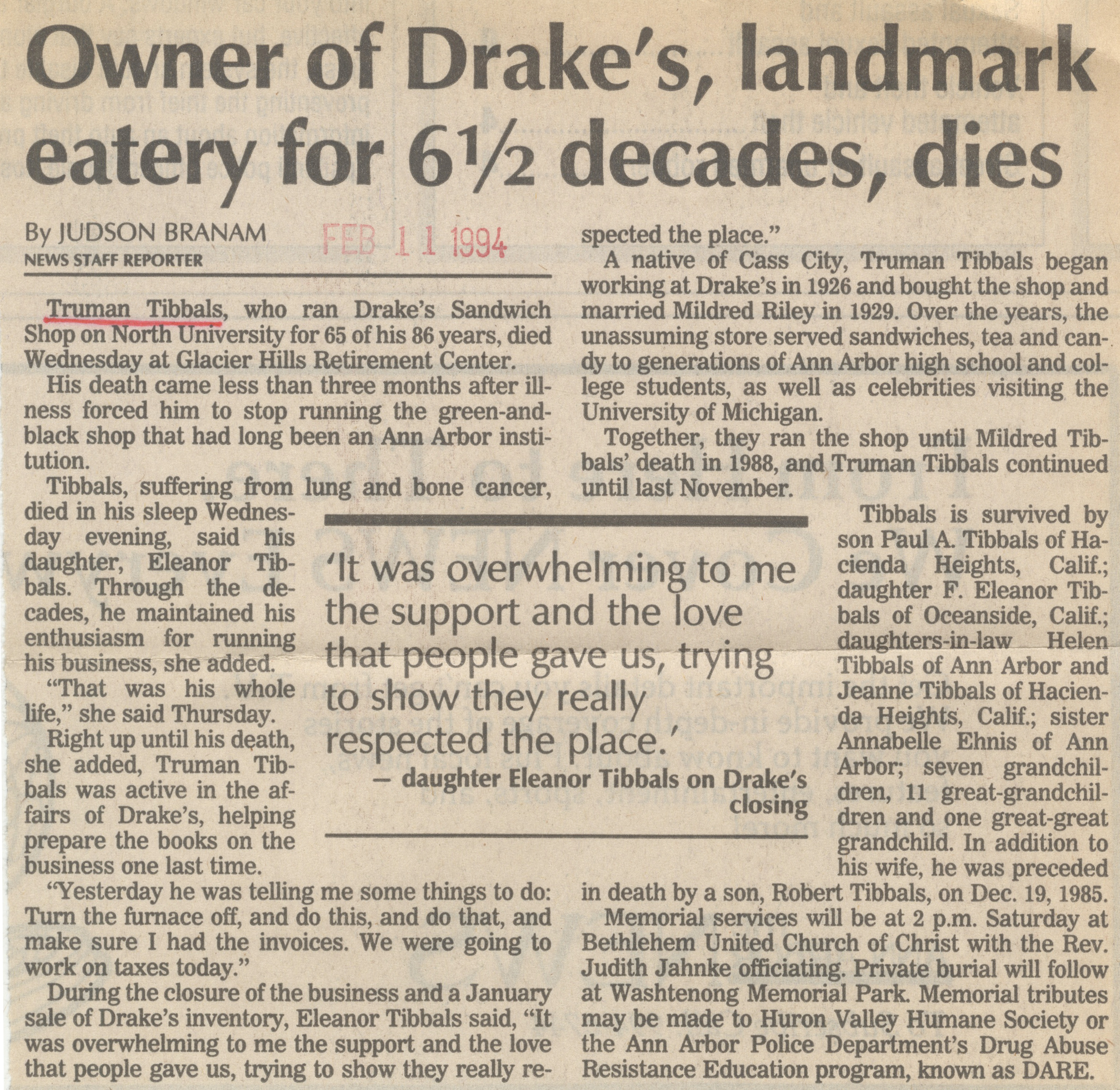 Owner Of Drake's, Landmark Eatery For 6 1/2 Decades, Dies image