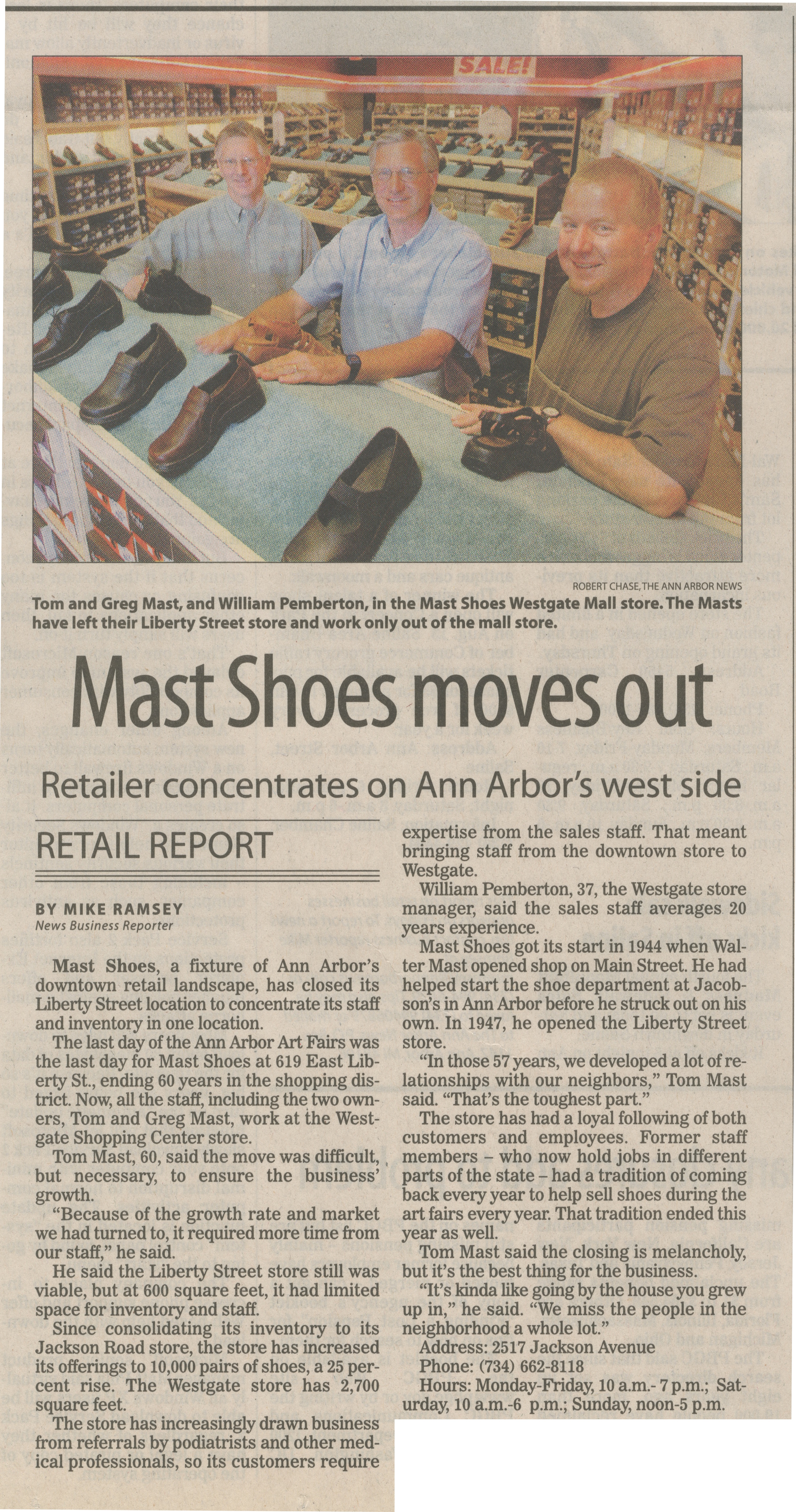 Mast Shoes Moves Out image