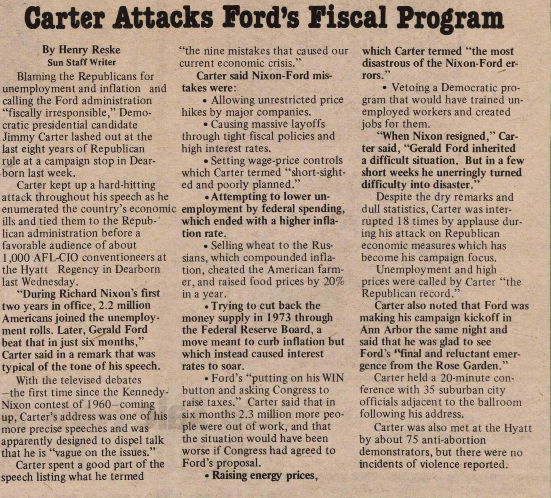 Carter Attacks Ford's Fiscal Program image