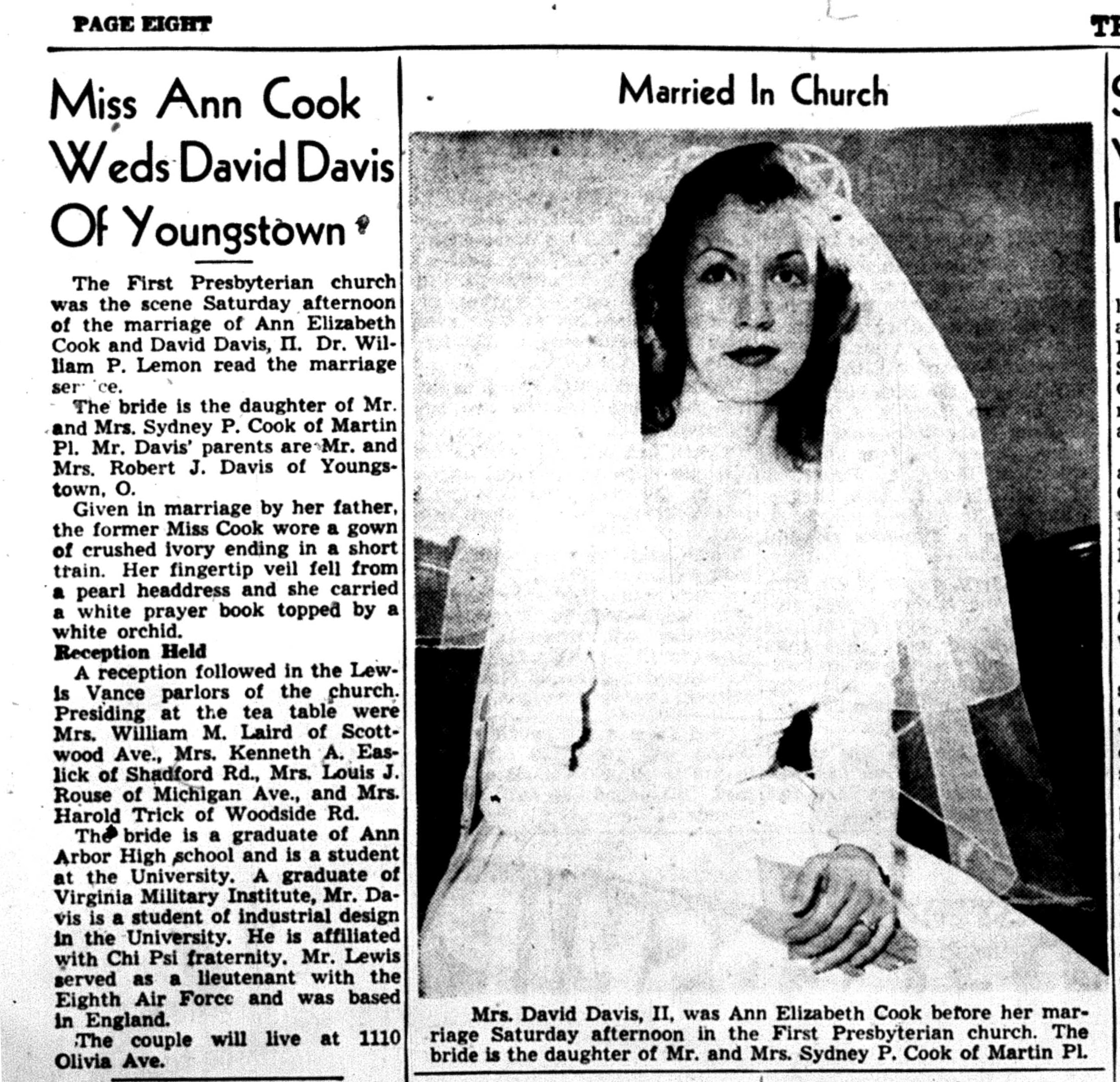 Miss Ann Cook Weds David Davis Of Youngstown image