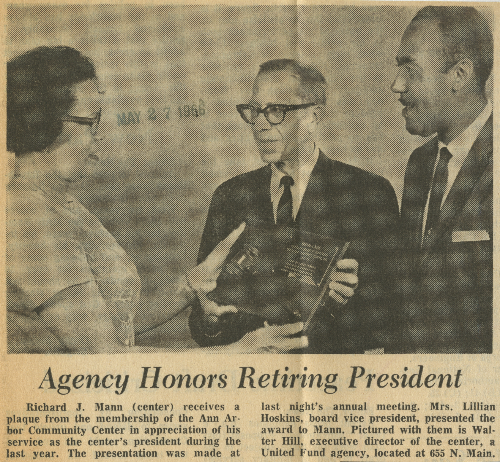 Agency Honors Retiring President image