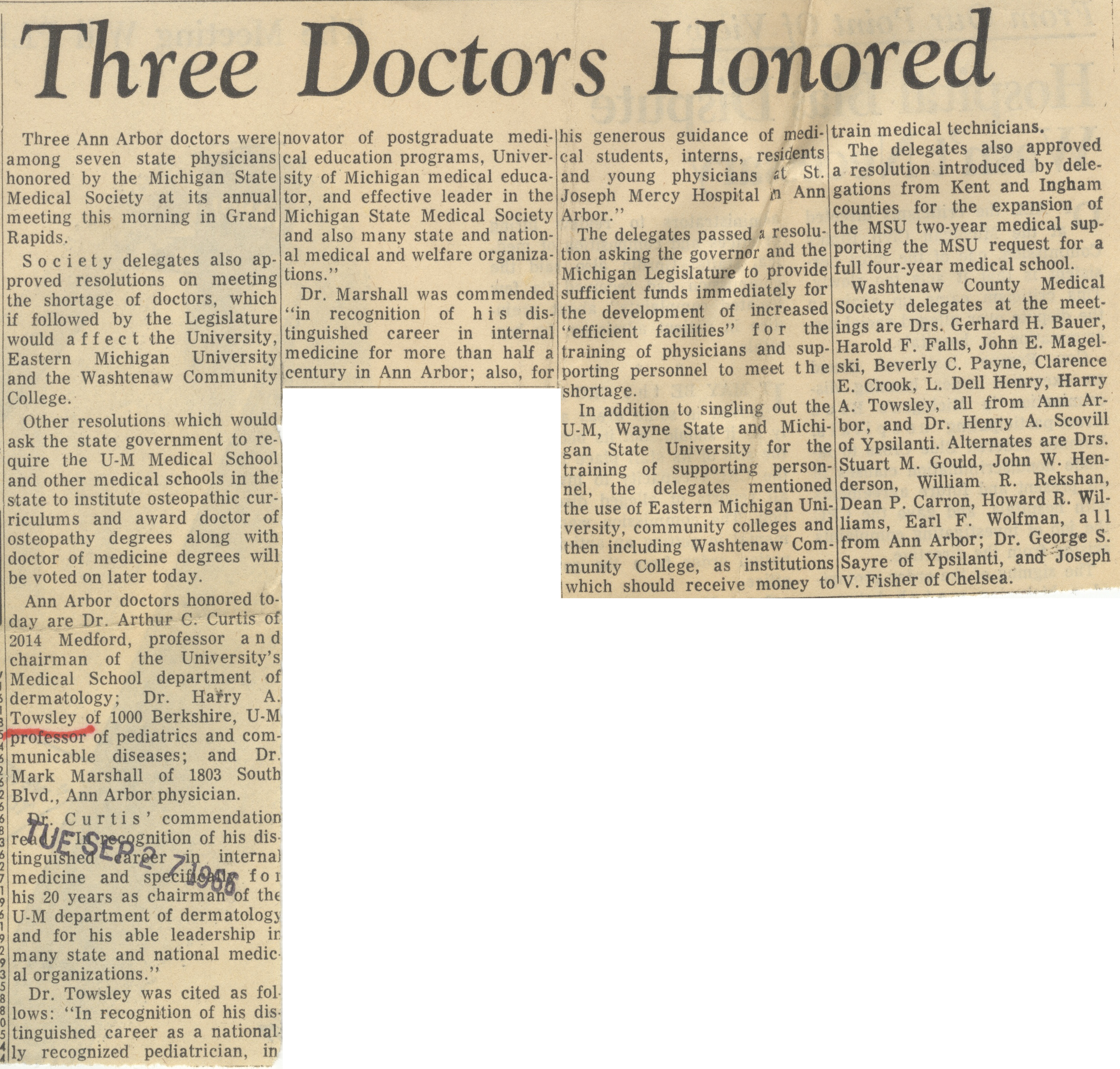 Three Doctors Honored  image
