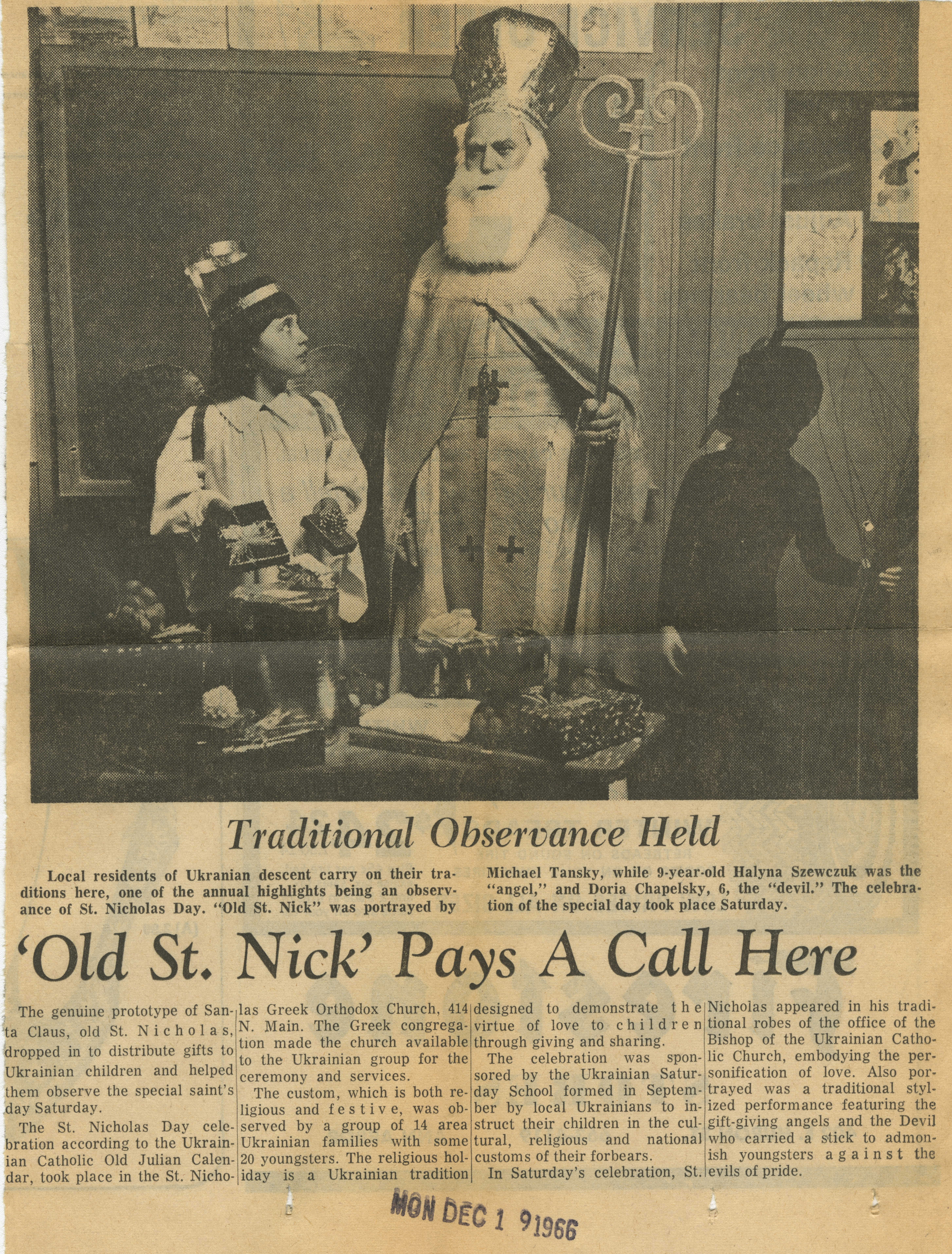 'Old St. Nick' Pays A Call Here image