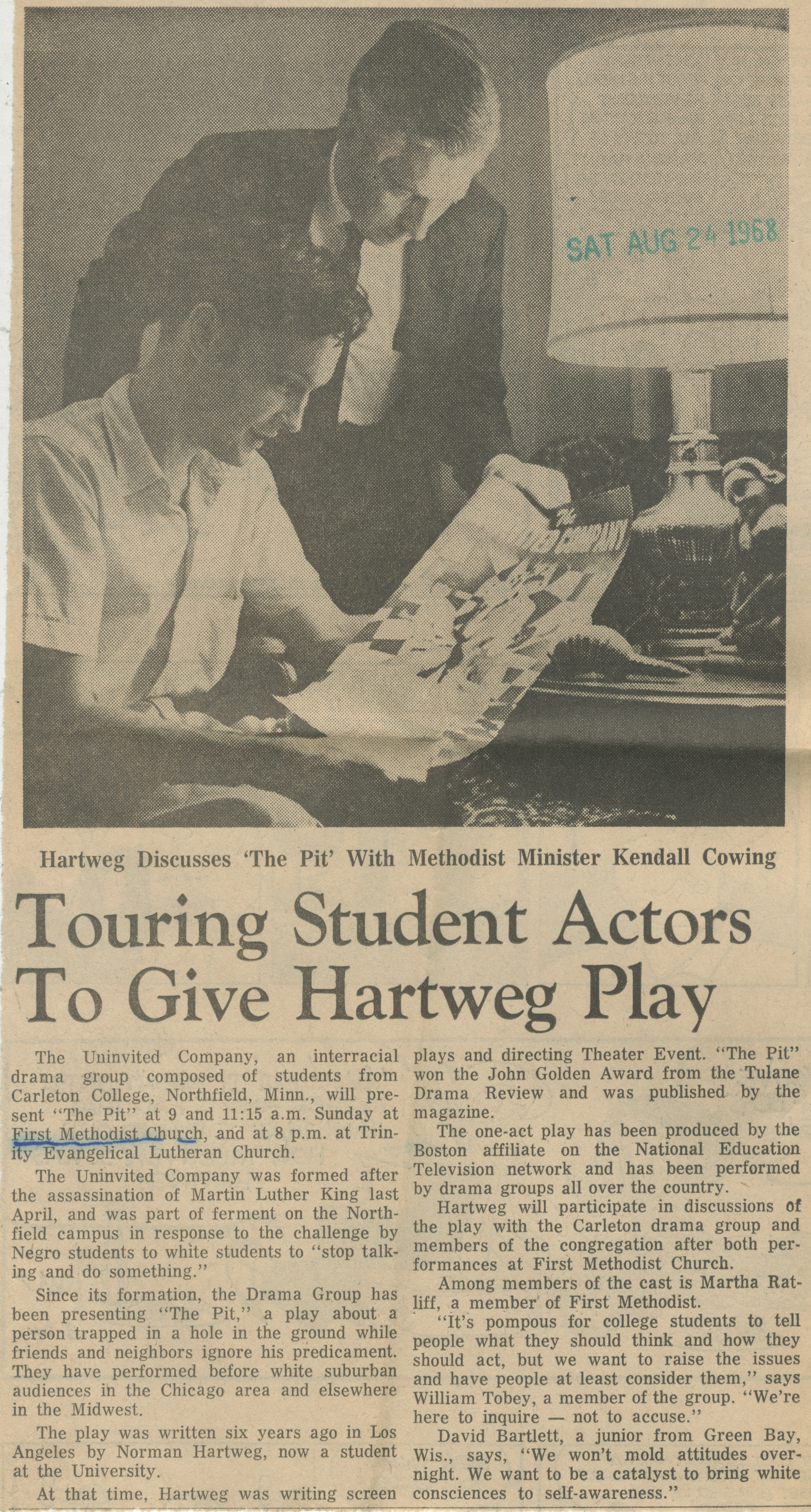 Touring Student Actors To Give Hartweg Play image