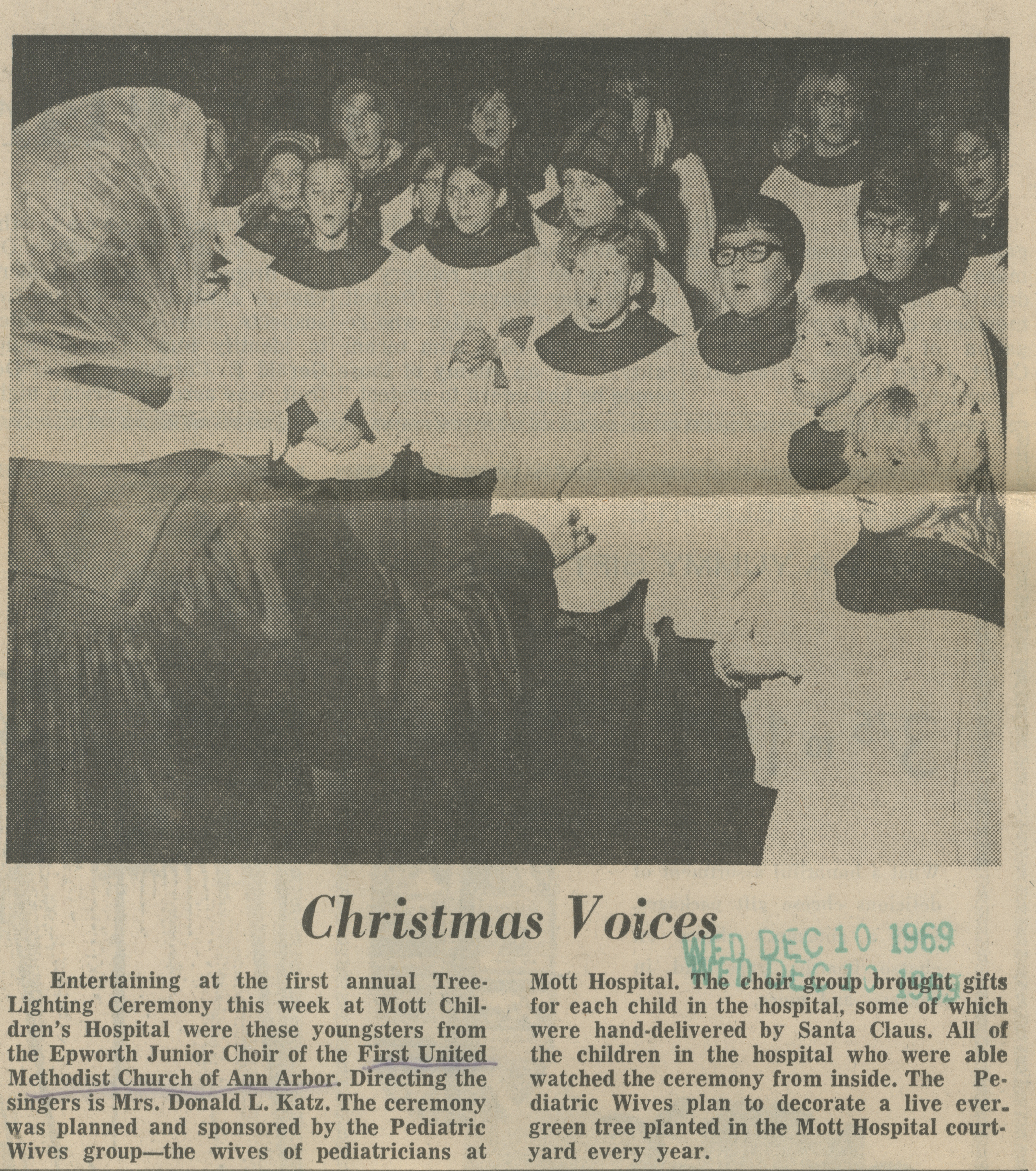 Christmas Voices image