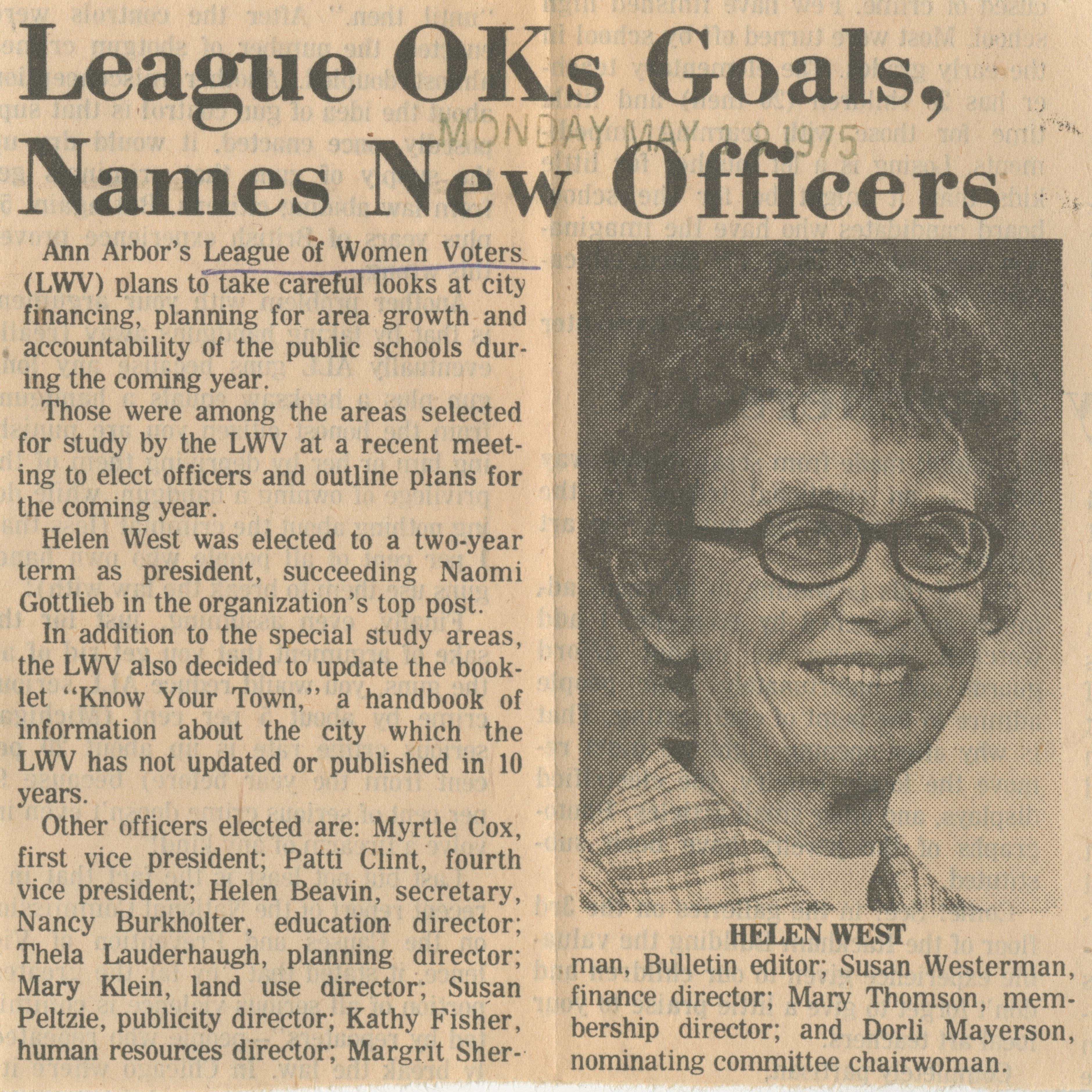 League OKs Goals, Names New Officers image