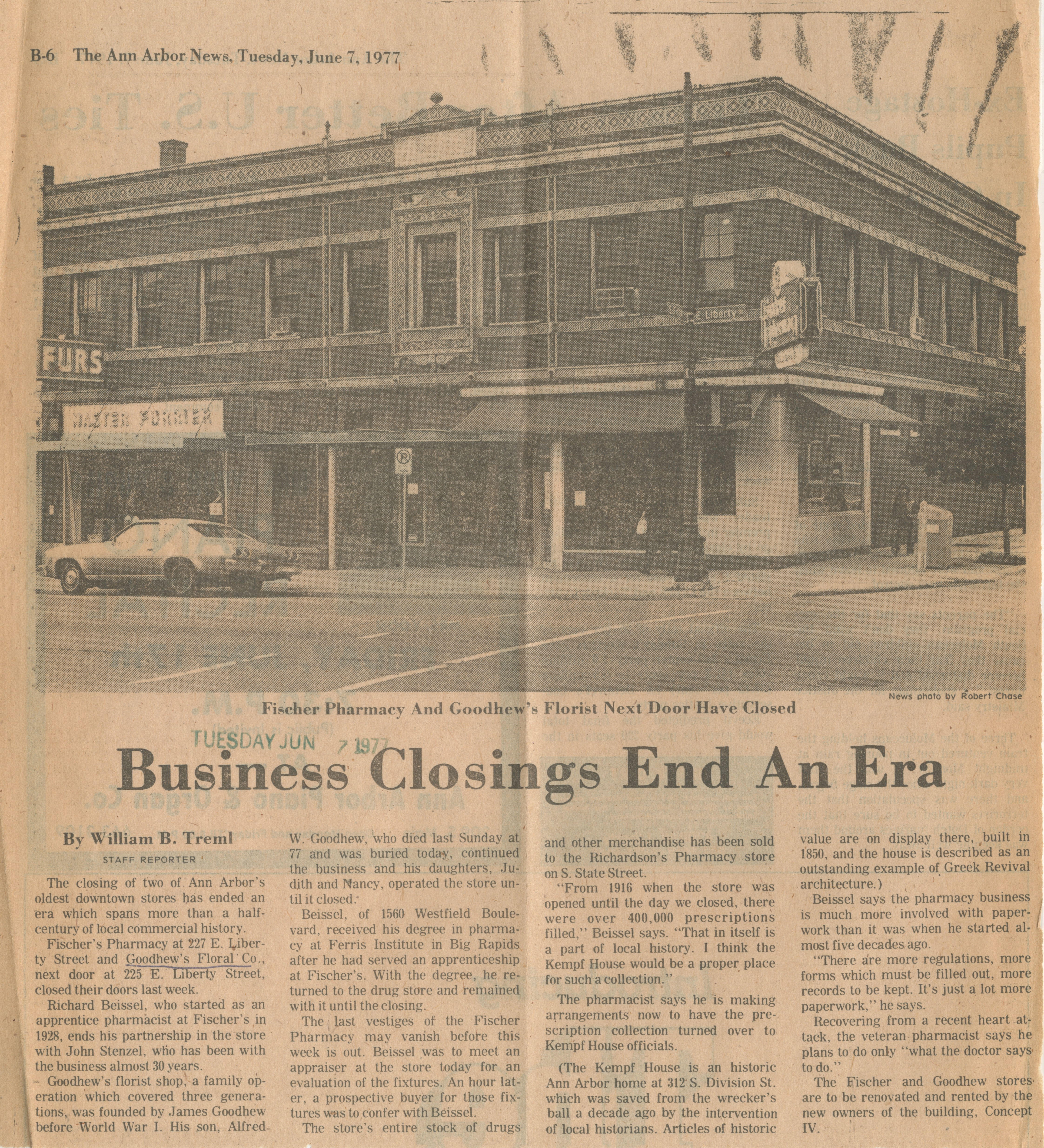 Business Closings End An Era image
