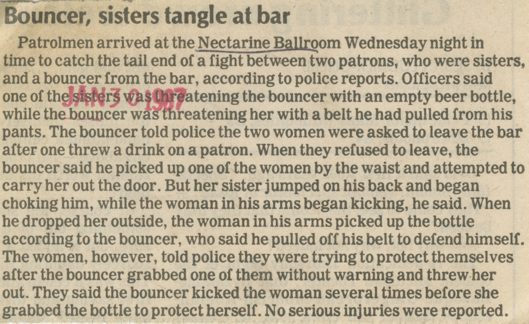 Bouncer, sisters tangle at bar image