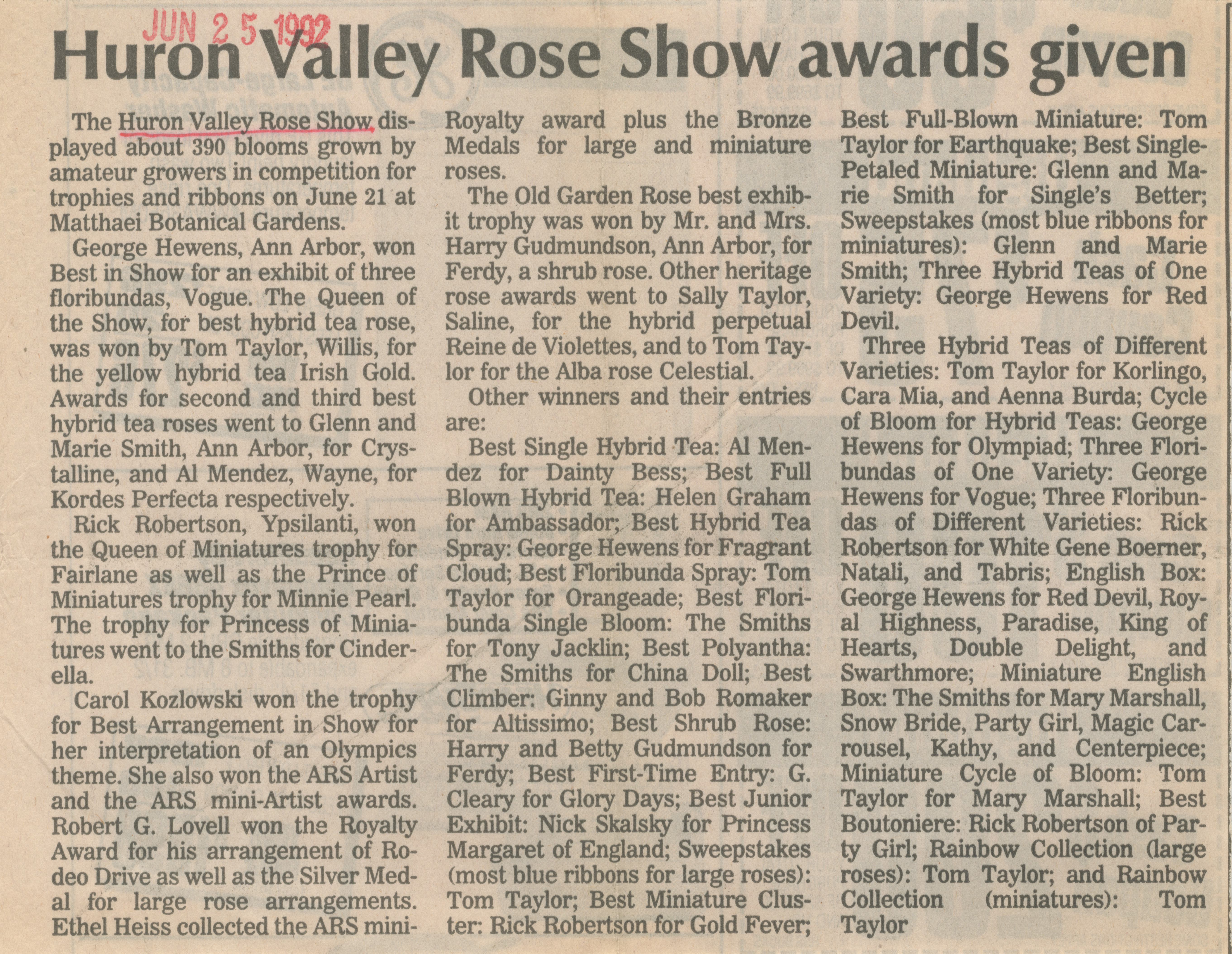 Huron Valley Rose Show awards given image