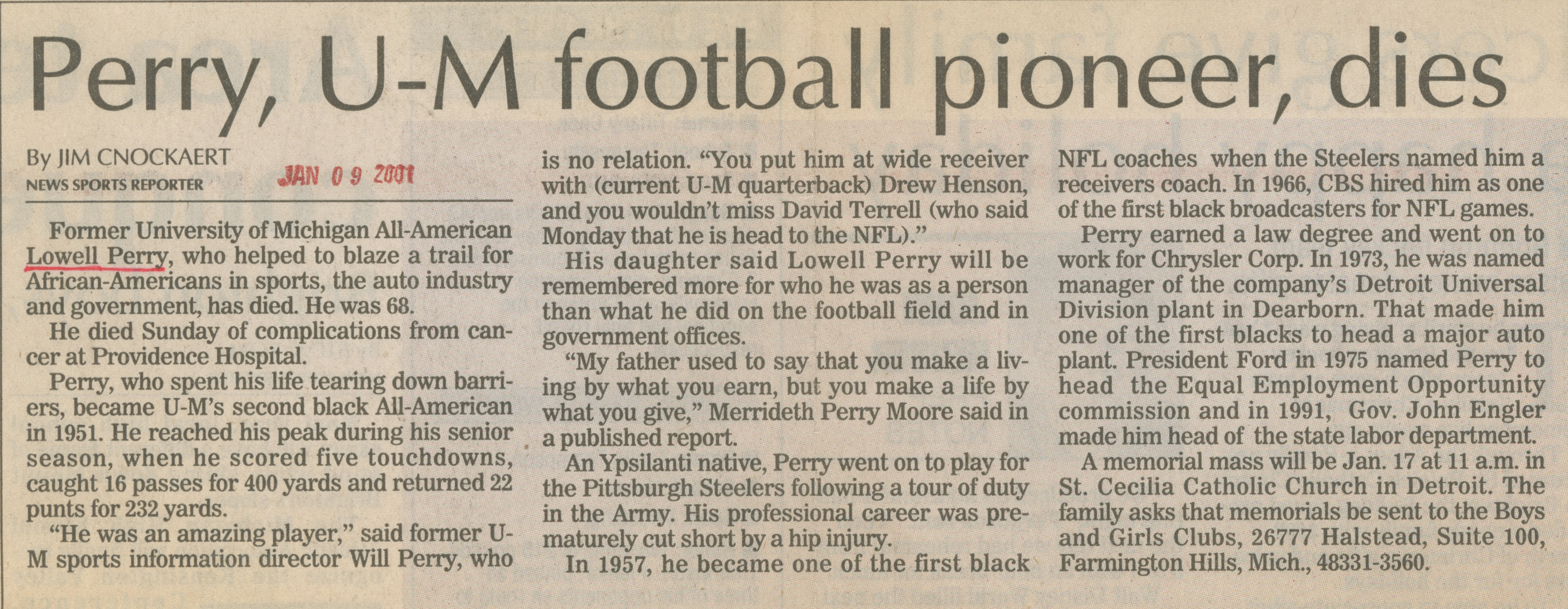 Perry, U-M Football Pioneer, Dies image