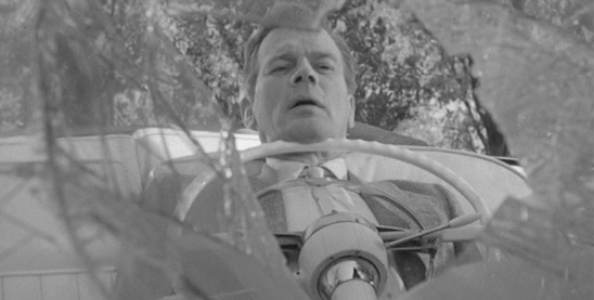 William Callew (Joseph Cotten) is paralyzed in his automobile.