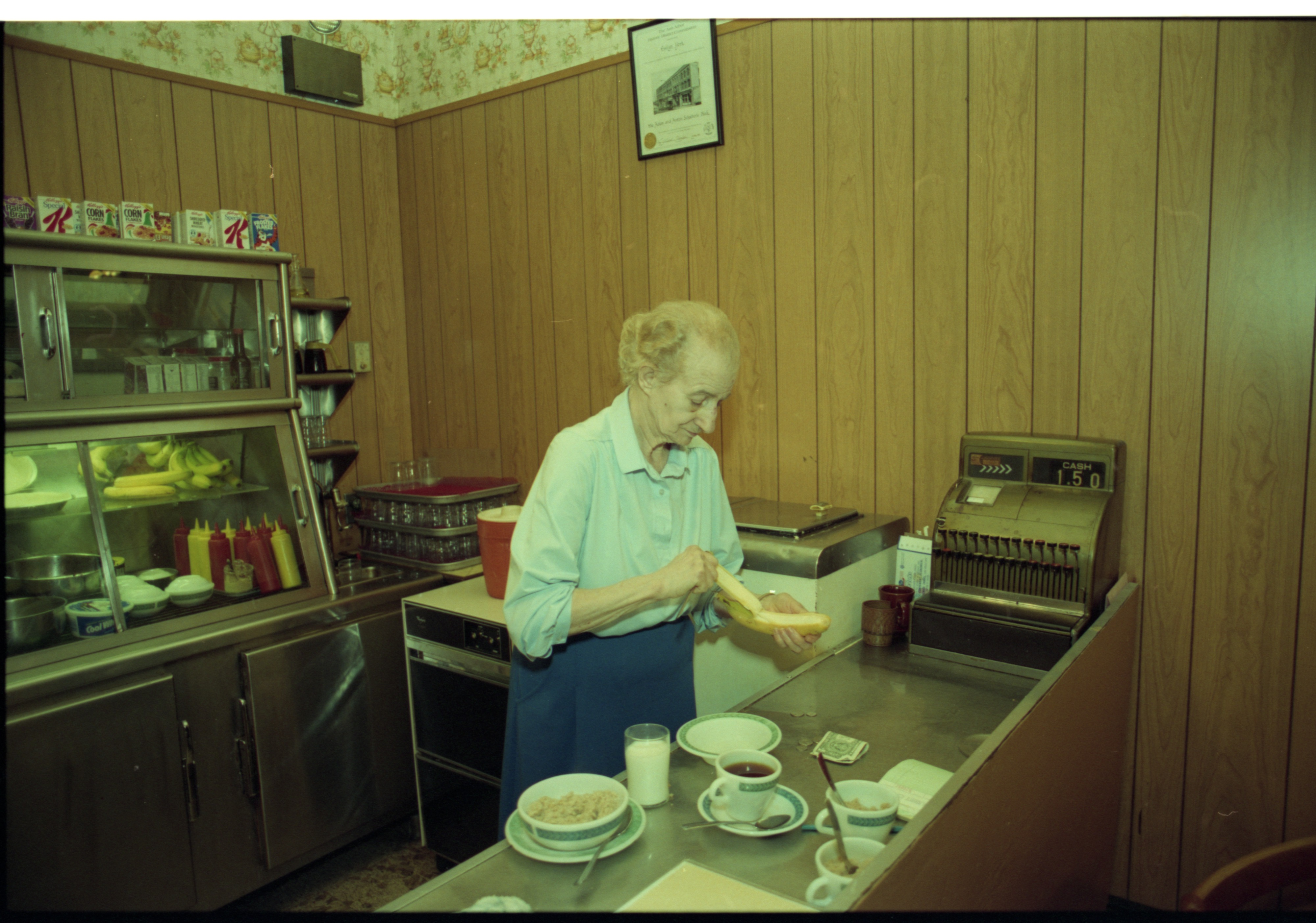 Roundtable Restaurant Owner Evelyn Stack Still Prepares and Serves Meals, May 1993 image