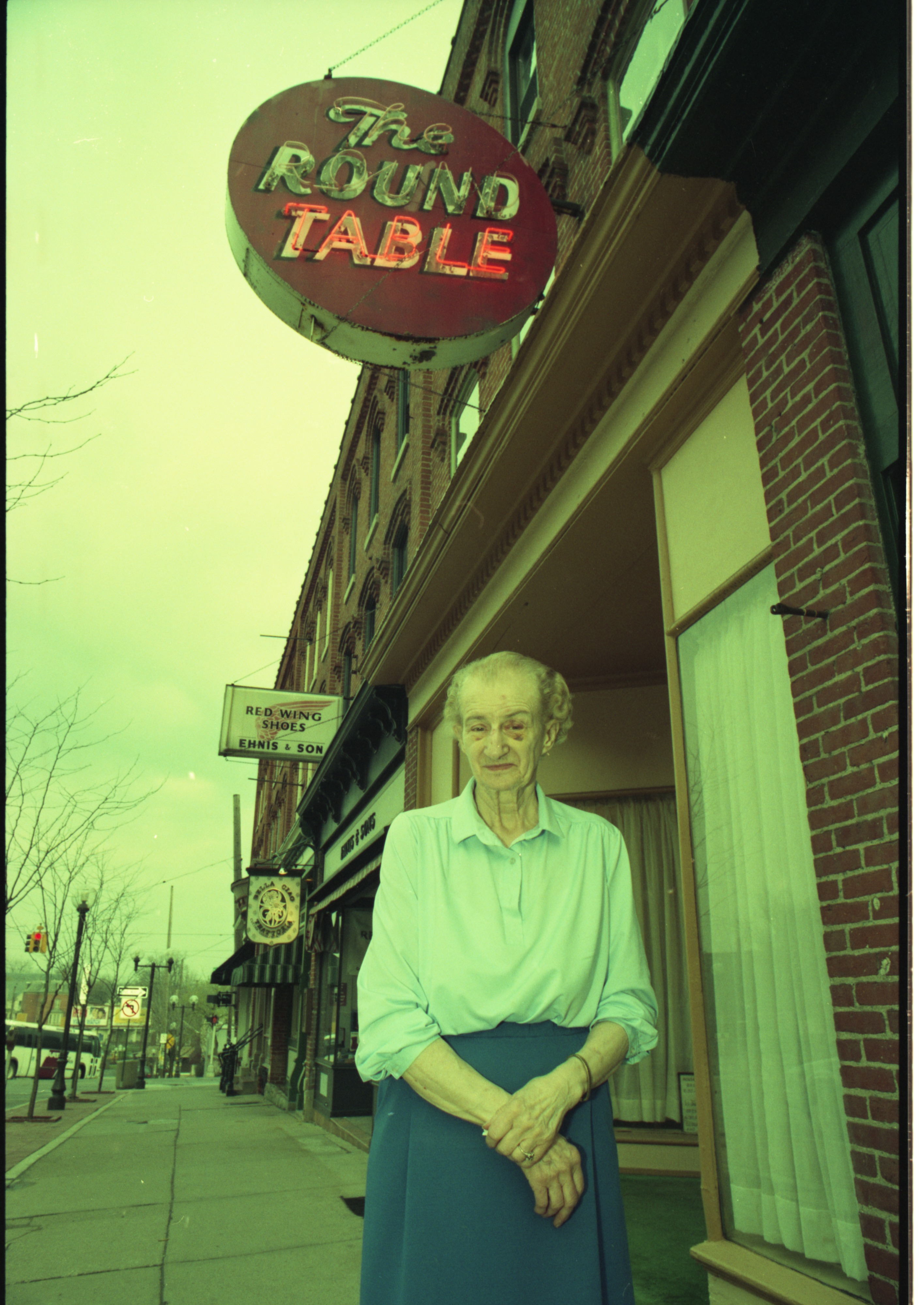 Roundtable Owner Evelyn Stack Sells Liberty Avenue Restaurant After 50 Years, May 1993 image