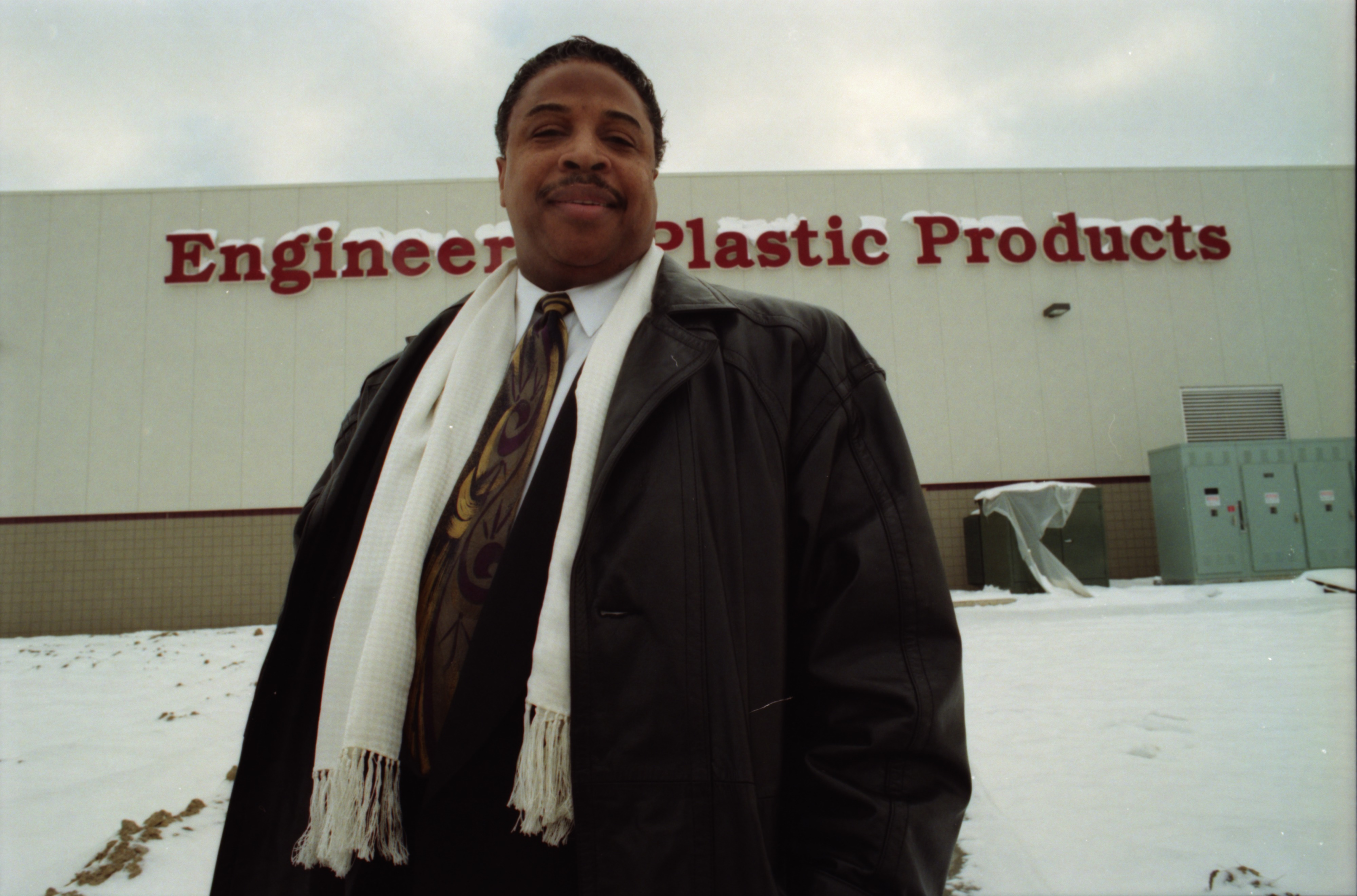 Gerald Edwards Opens Plastics Factory in Ypsilanti, January 1995 image