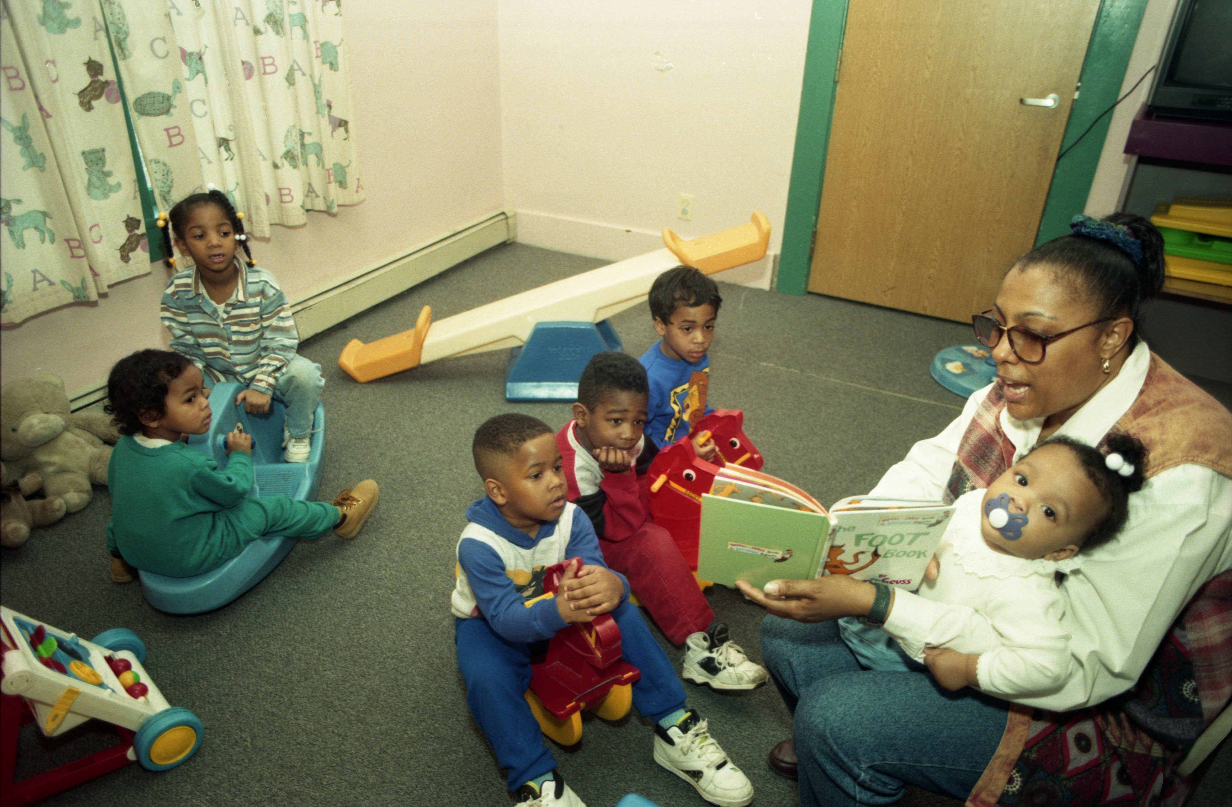 Cheryl Bass-Lee Reads To Children At Noah's Ark Learning Center In Ypsilanti, March 22, 1995 image