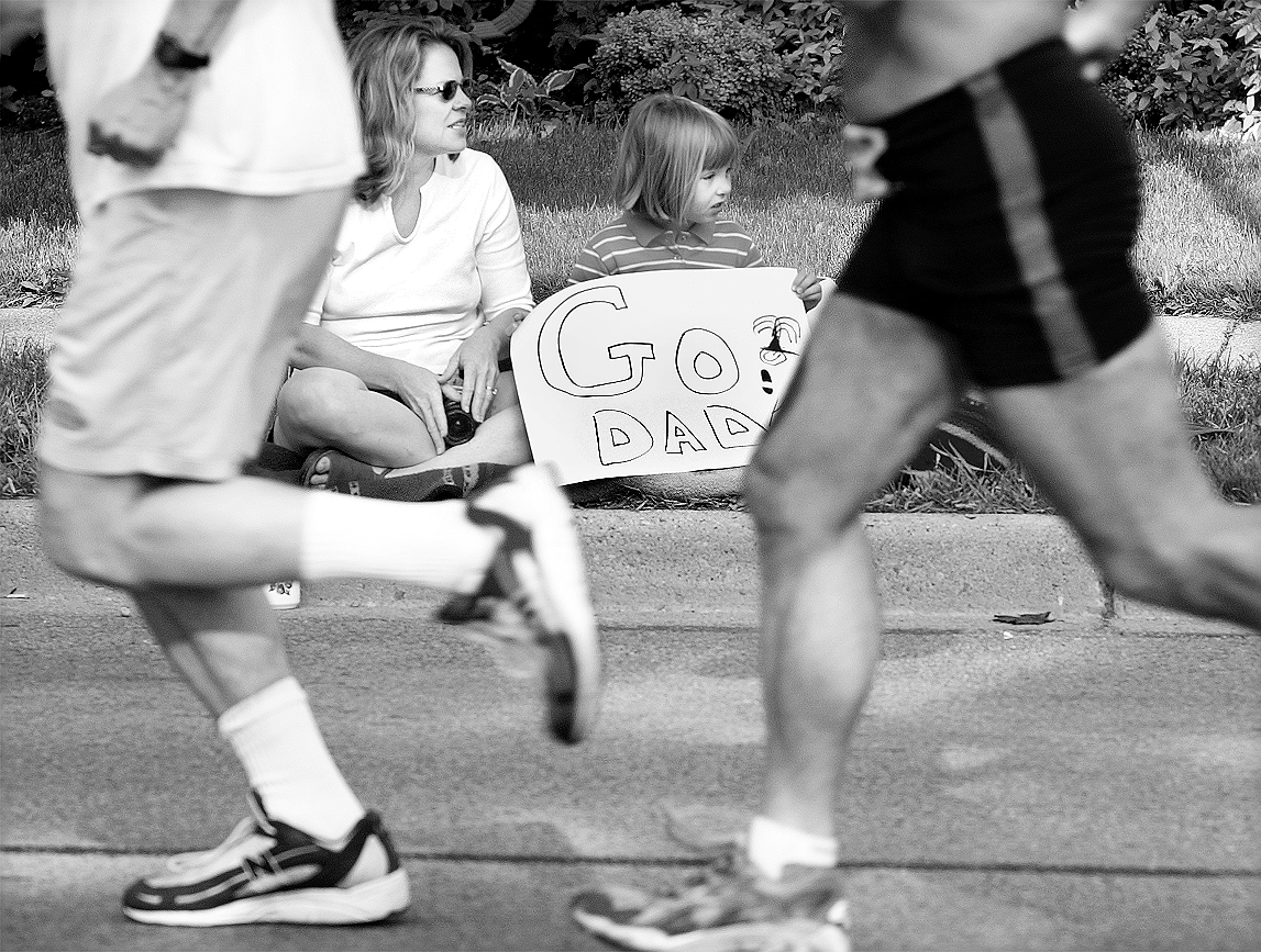 The Moores Cheer On Husband & Father, Frank, At The Dexter-Ann Arbor Run, June 2, 2002 image