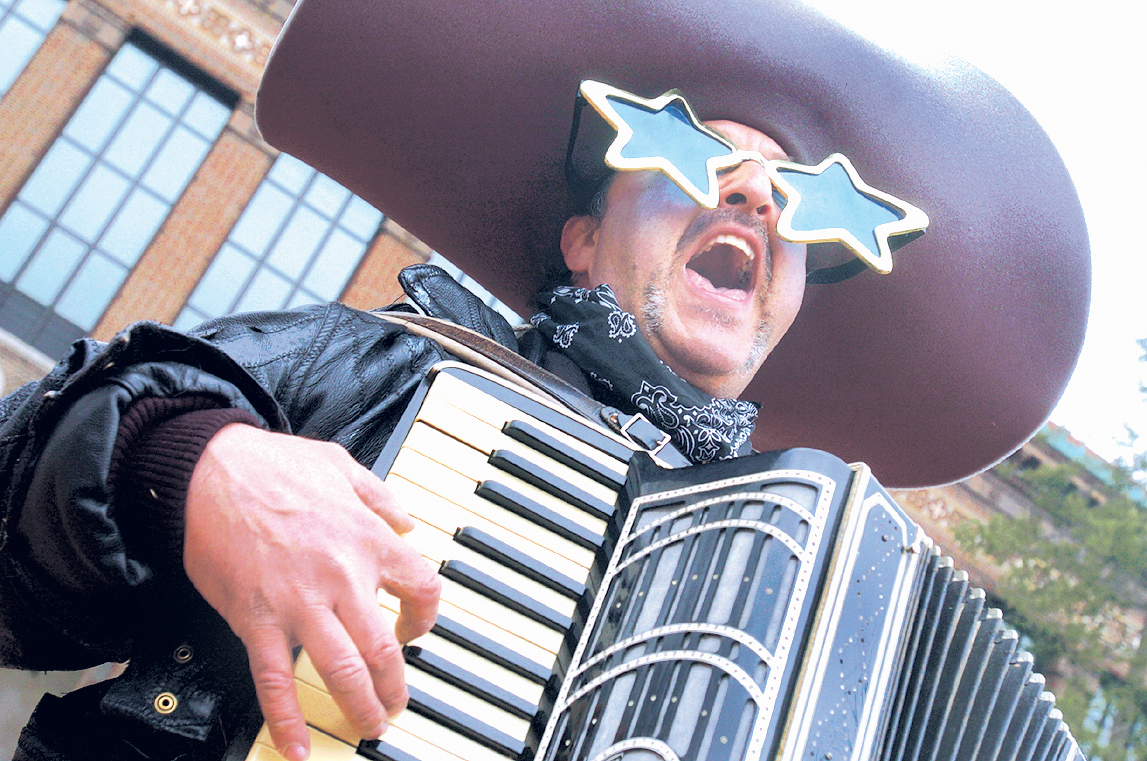 Eddie Spaghetti Entertains The Crowds At The Annual Hash Bash, April 2, 2006 image