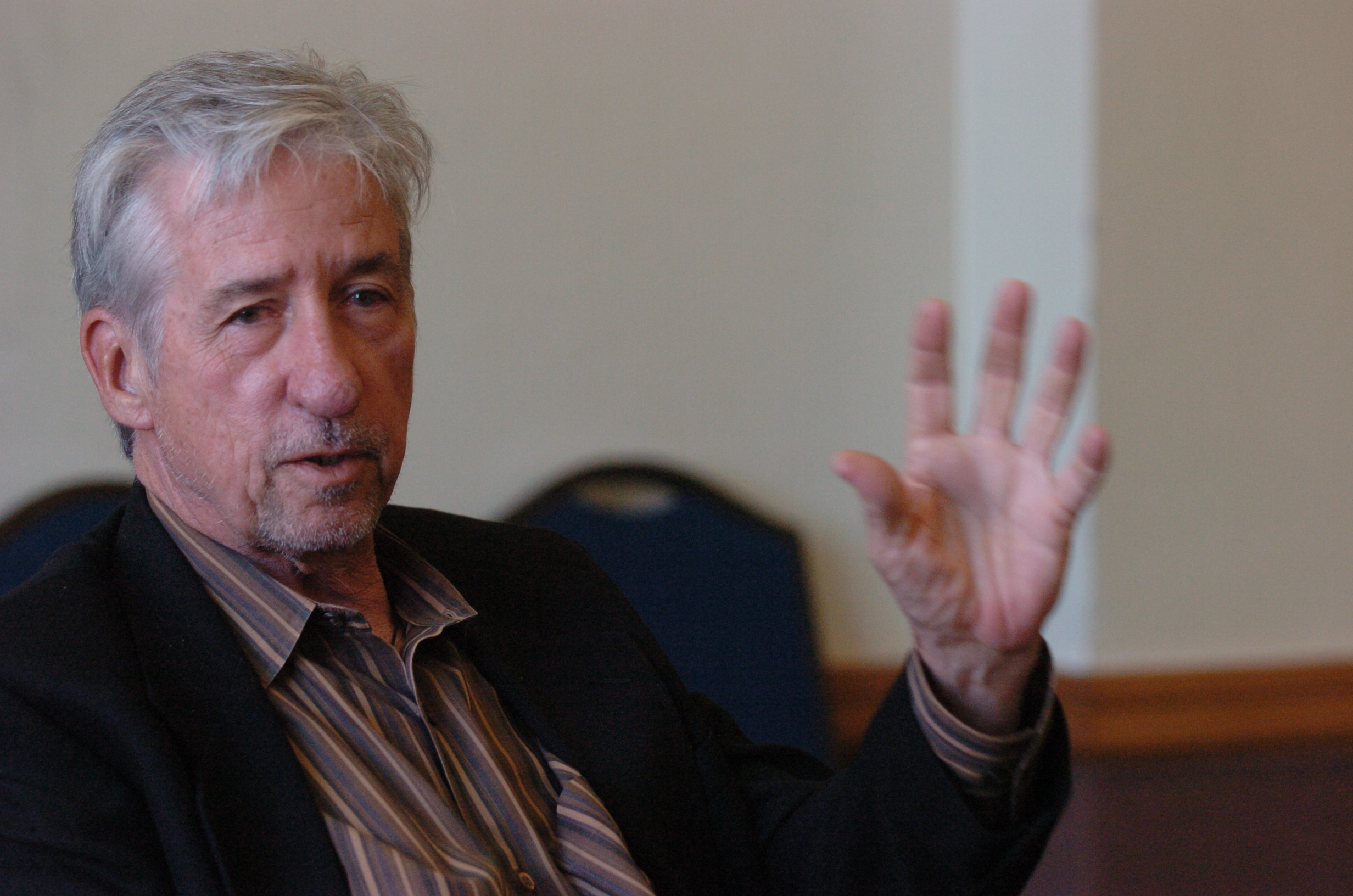 Tom Hayden Speaks at ACLU Meeting at University of Michigan on Iraq War, April 2007 image