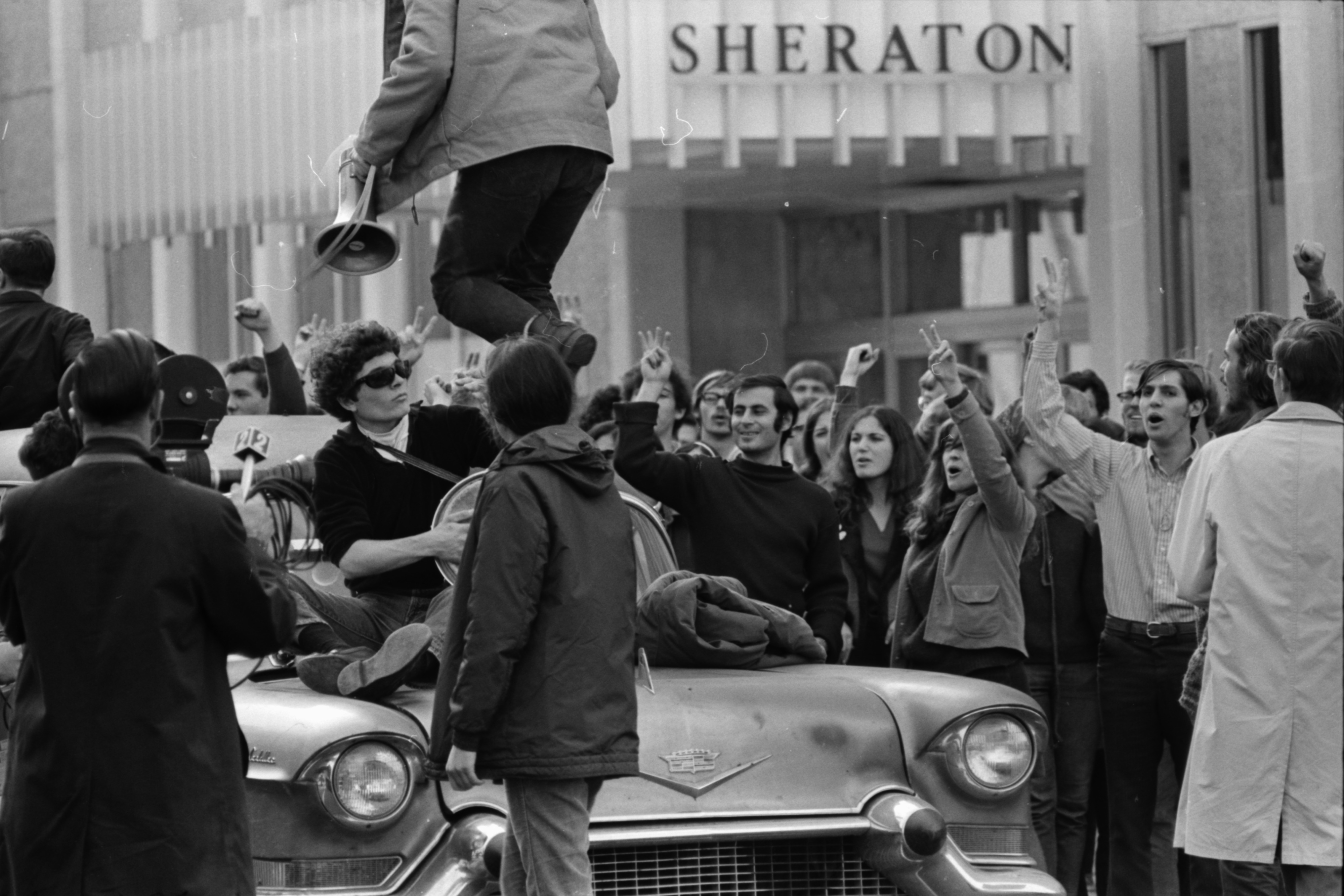 SDS march on election office, November 1968 image