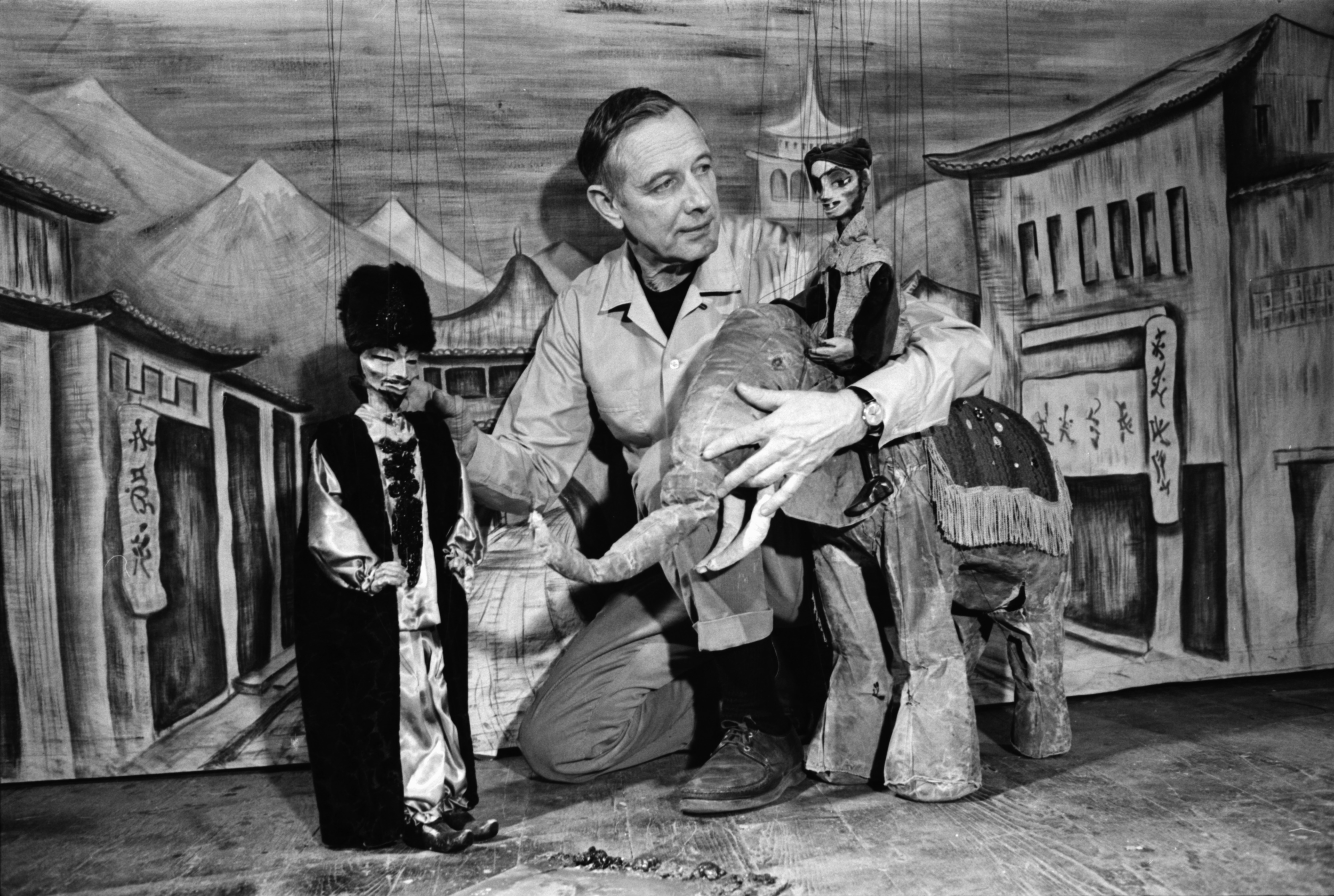 Meredith Bixby with his puppets, February 1969 image