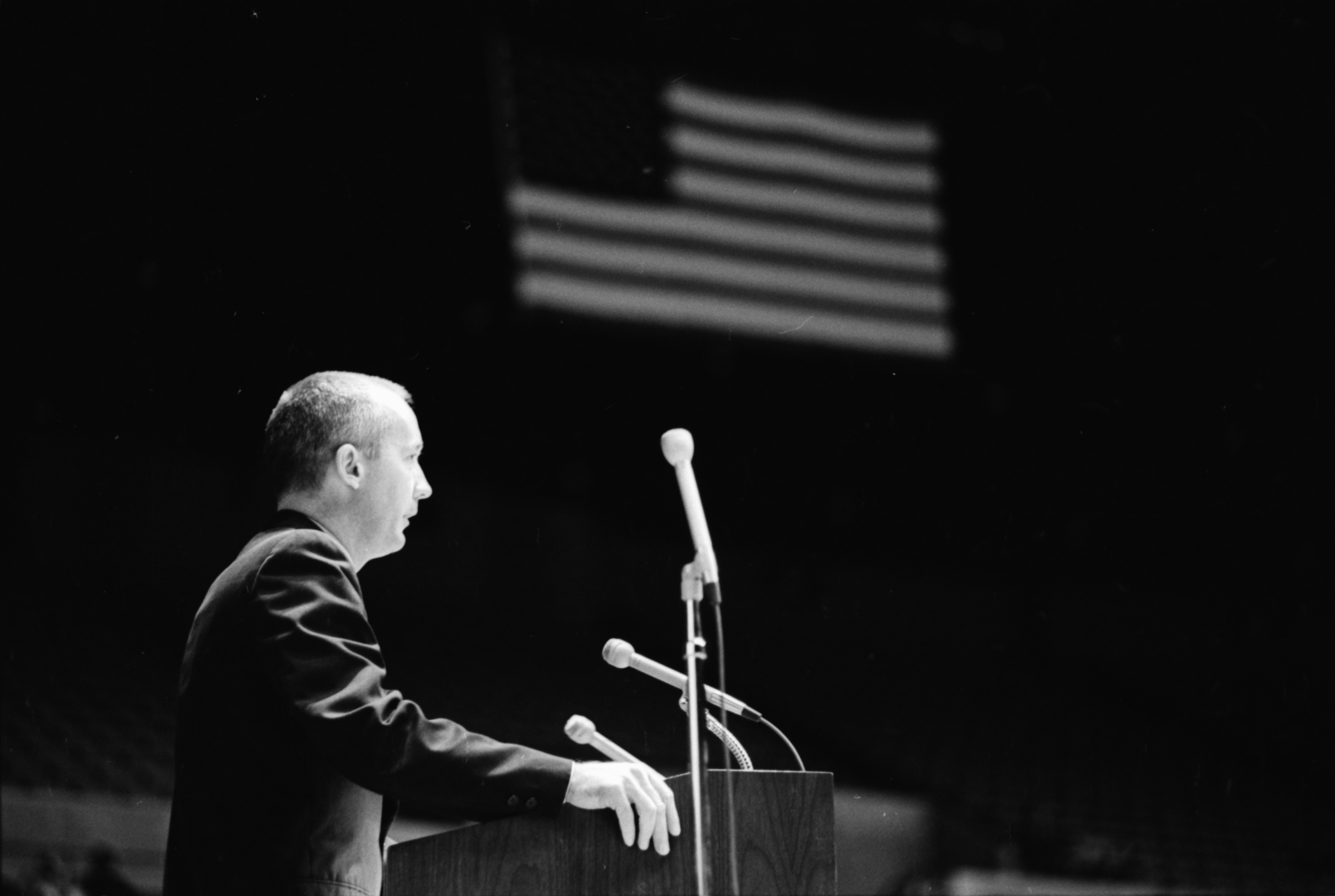 Astronaut James A. McDivitt talks about Apollo 9 space flight to an audience of 5,000, April 1969 image