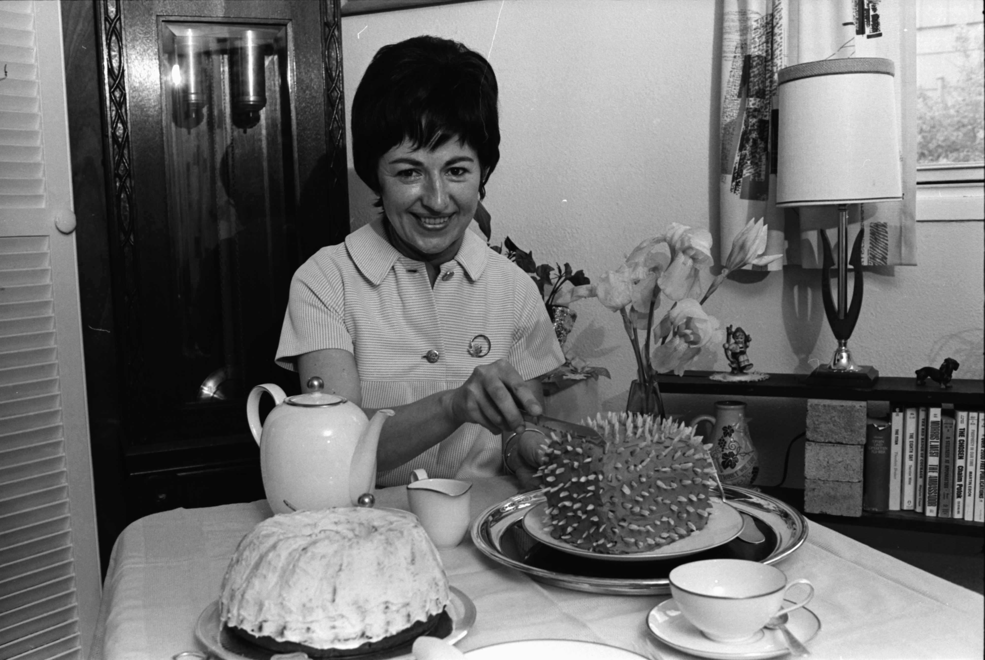 Image from German Porcupine Torte and Napfkuchen, May 1969