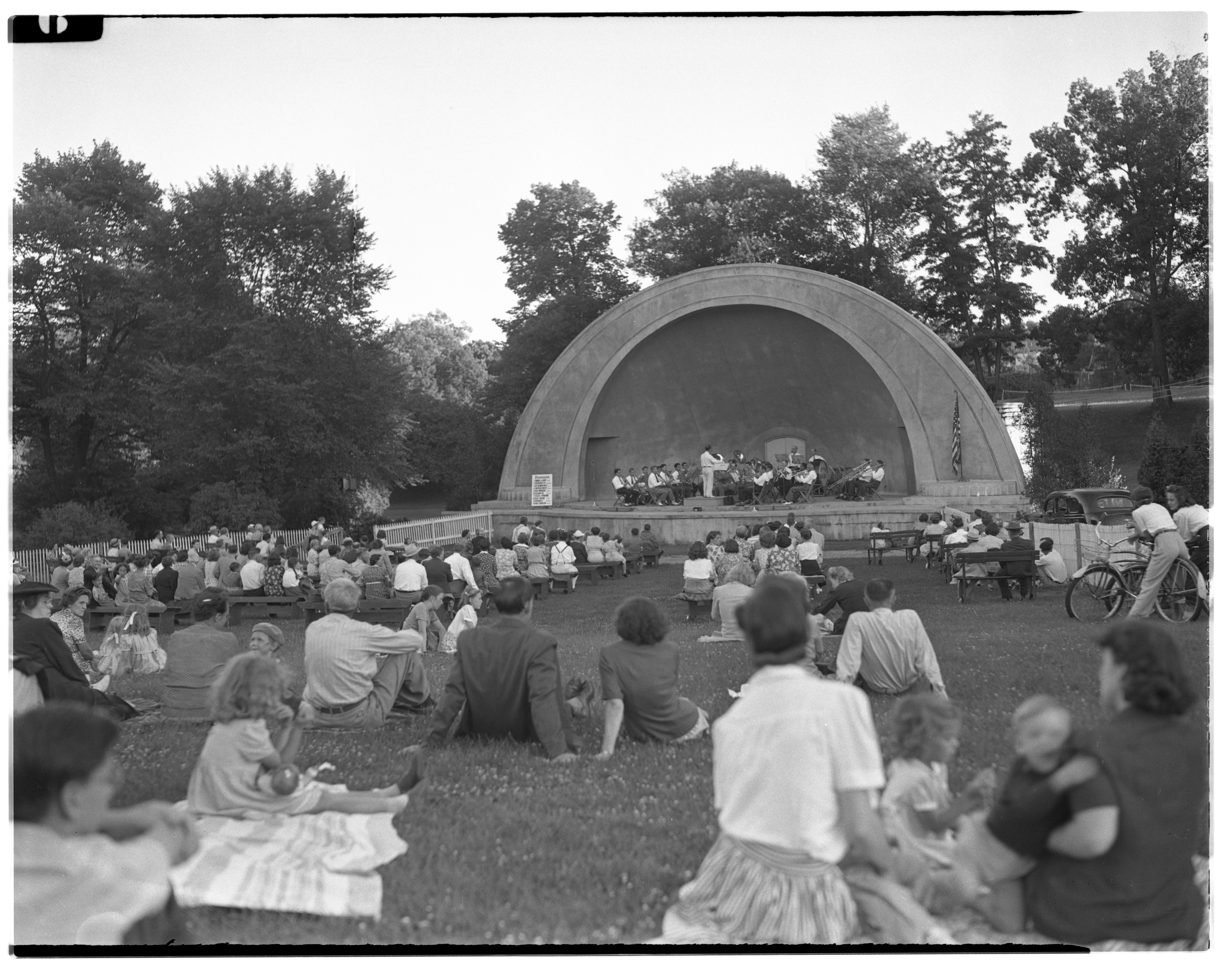 Image from Season Opening Concert at West Park Bandshell, July 1943