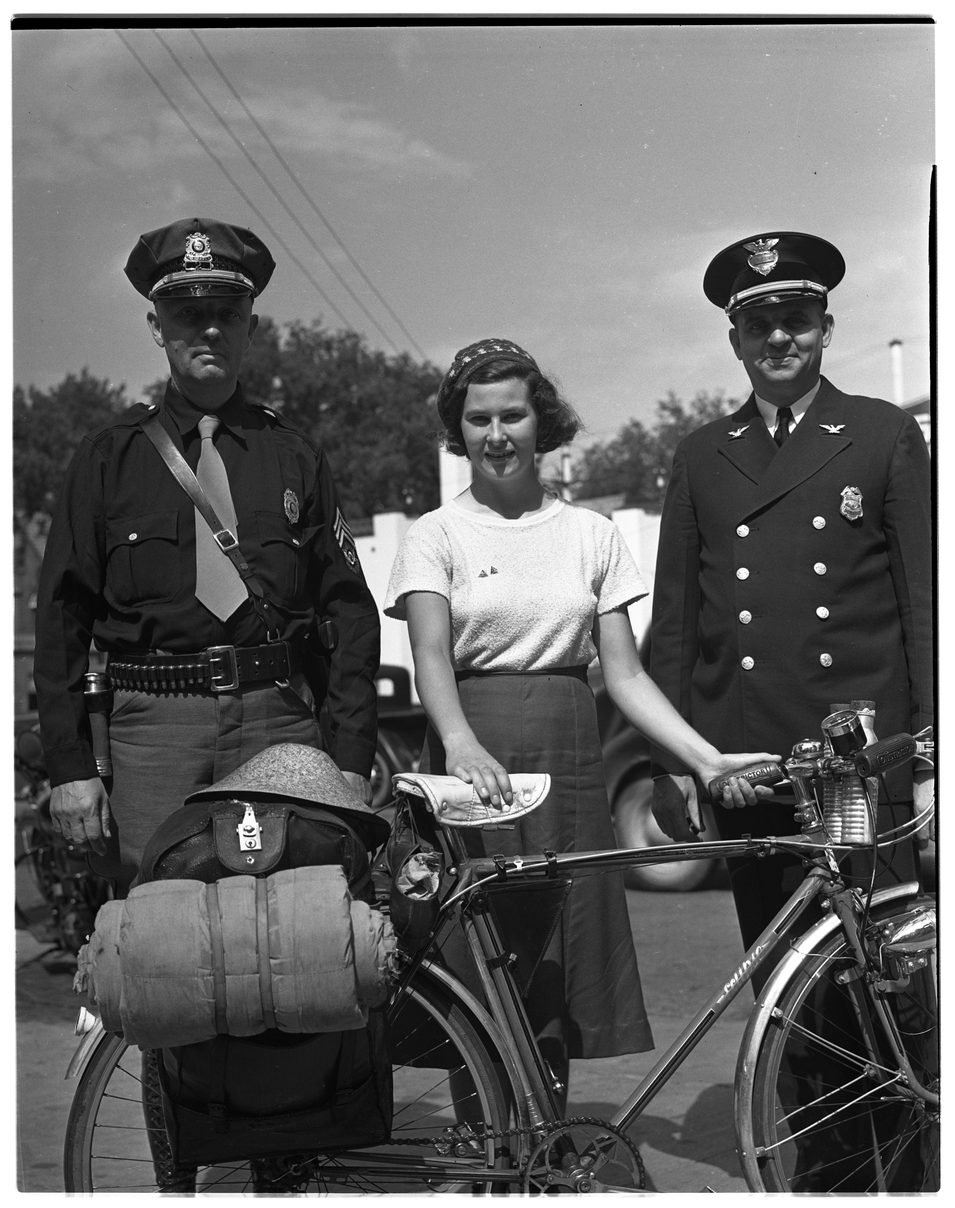 Peggy Allin: English Cyclist with Chief N Cooke & Alabama Trooper image