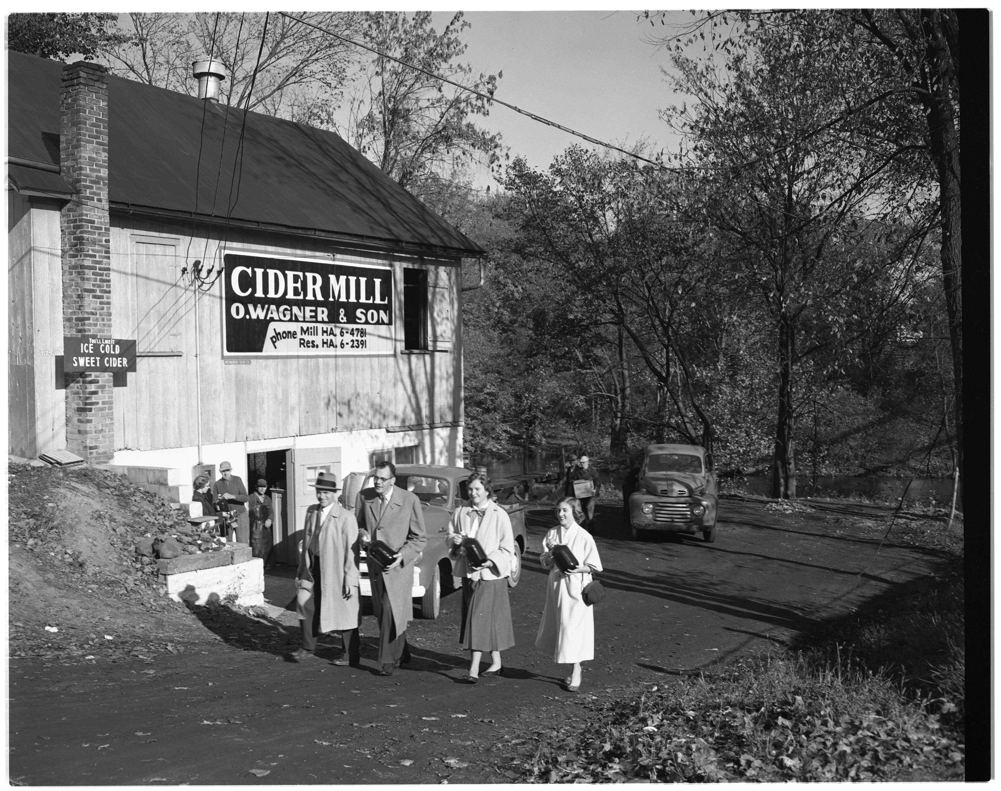 Dexter Cider Mill: O. Wagner and Son image