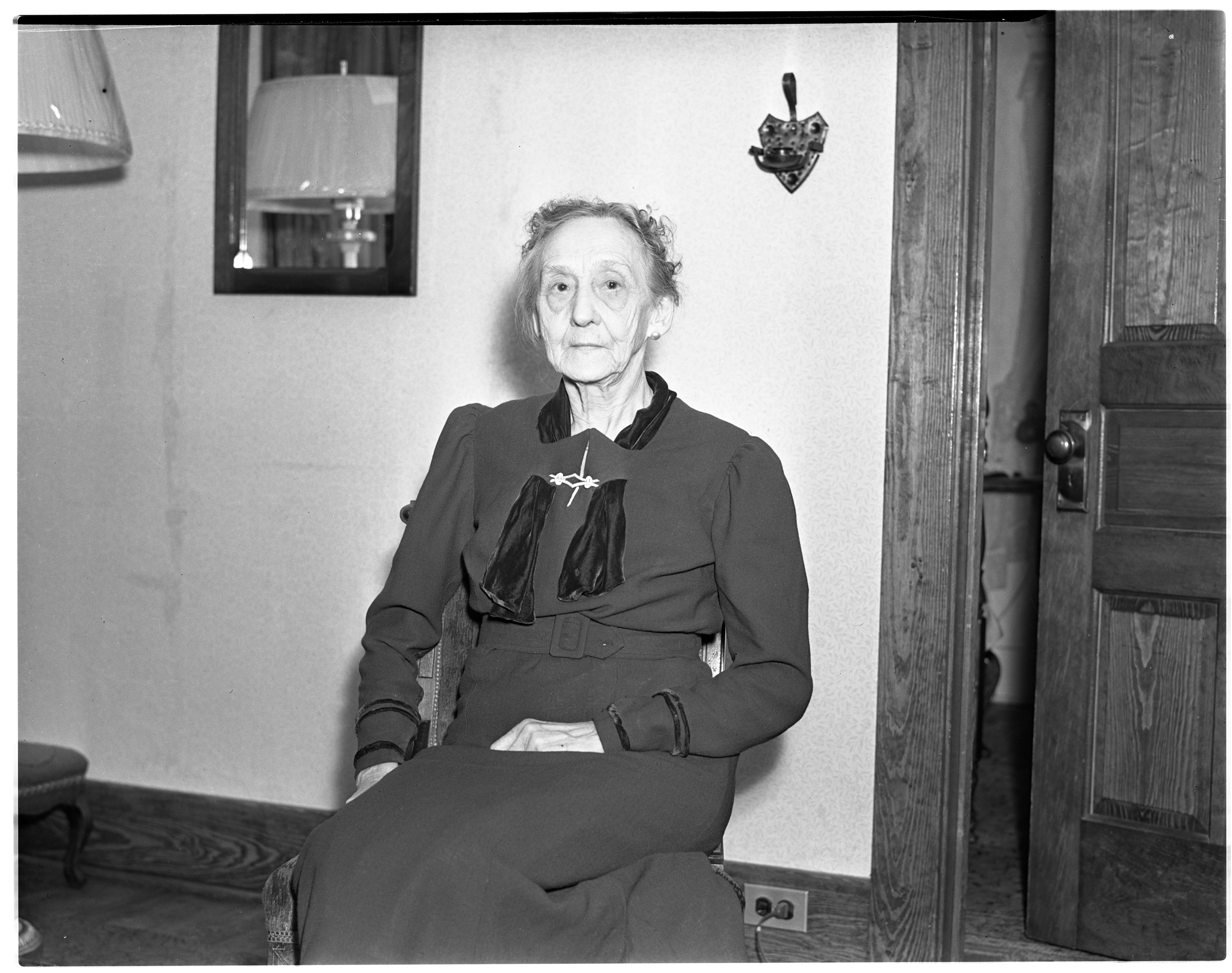 Mrs. Quackenbush of Dixboro, February 1938 image