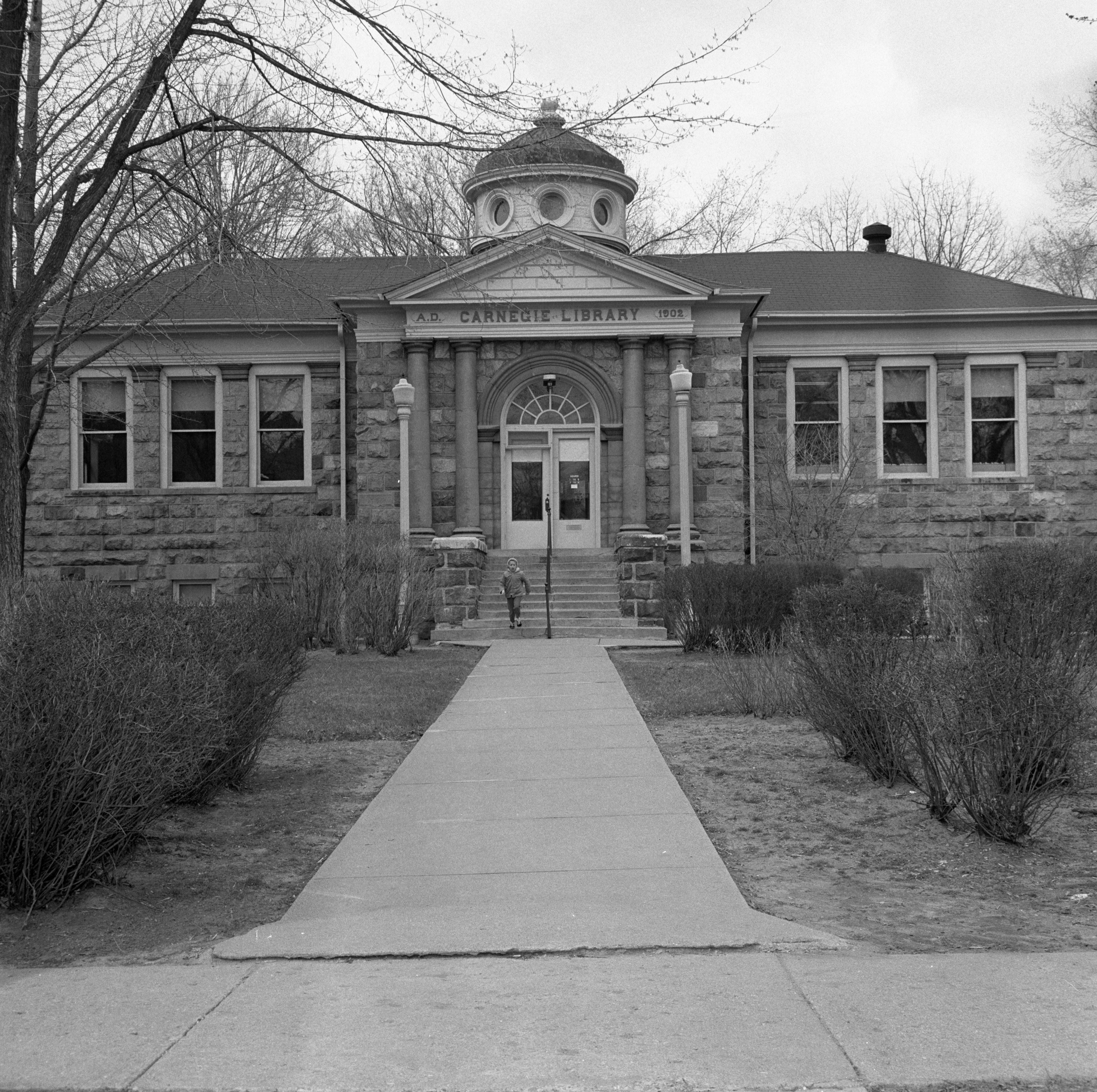 Howell's Carnegie Library, April 1963 image