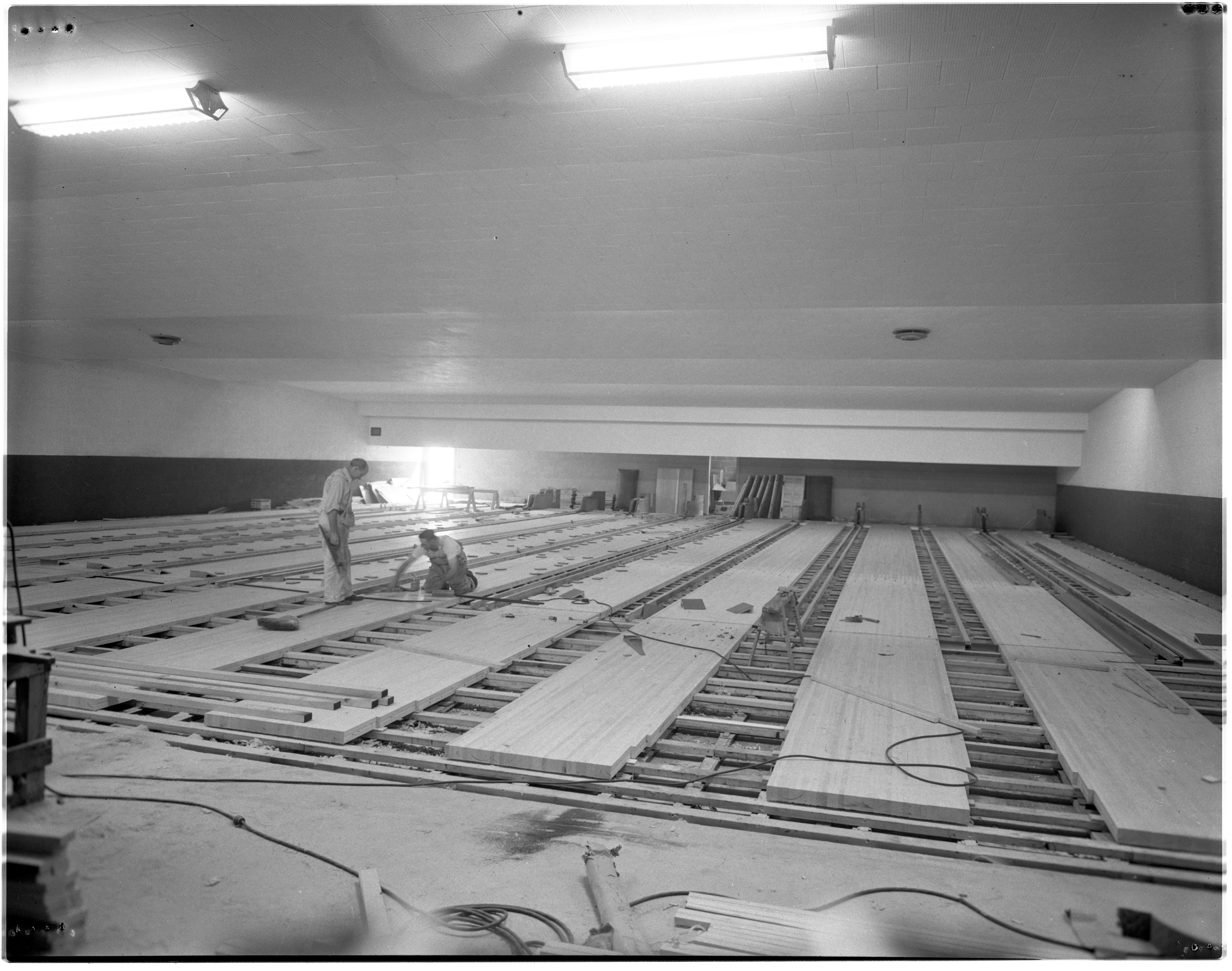 Construction of Washtenaw Lanes Bowling Alley, August 1949 image