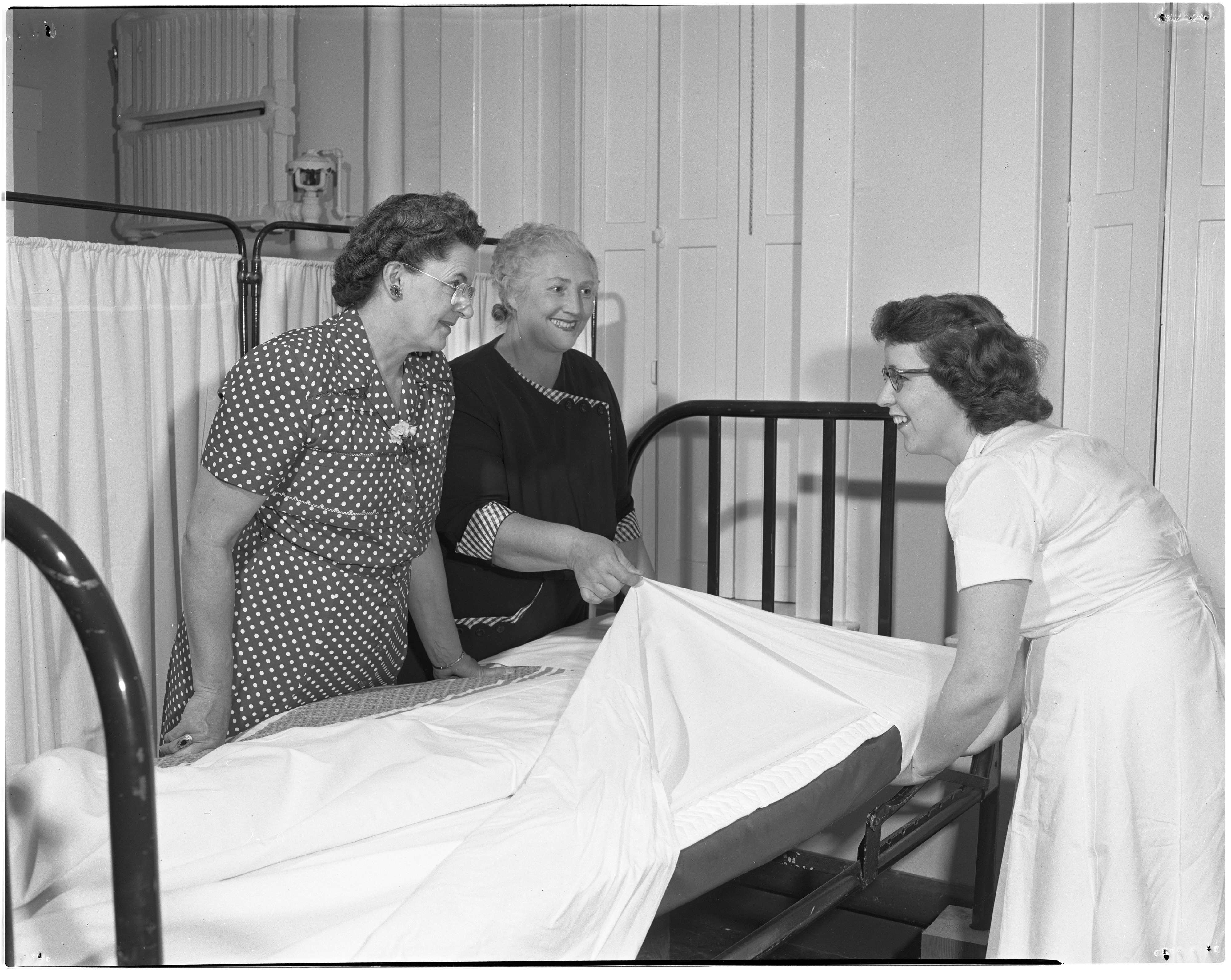 Pittsfield Red Cross Extension Course at Old Maternity Hospital, May 1951 image