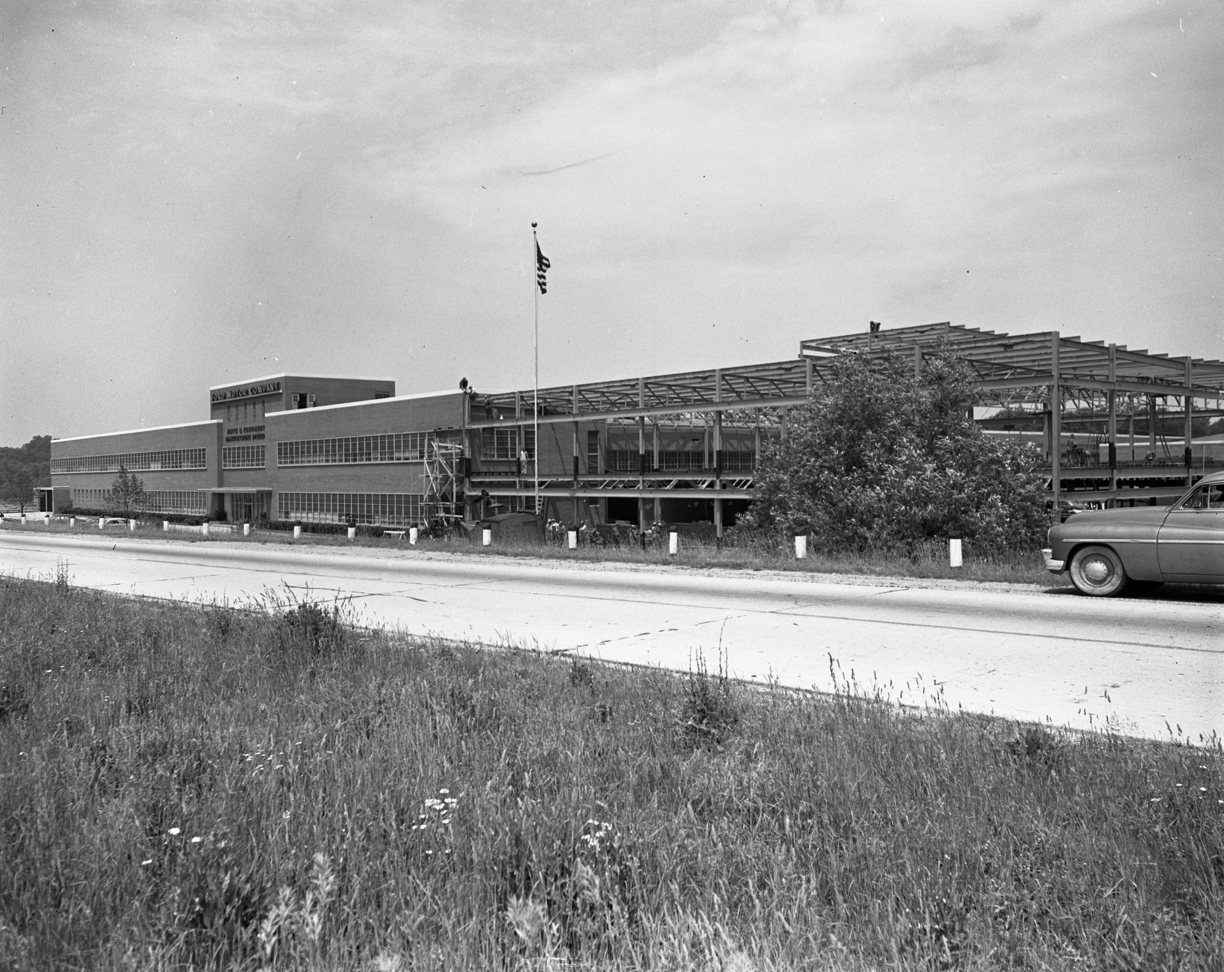 Ford Motor Plate building addition, Willow Run, undated image