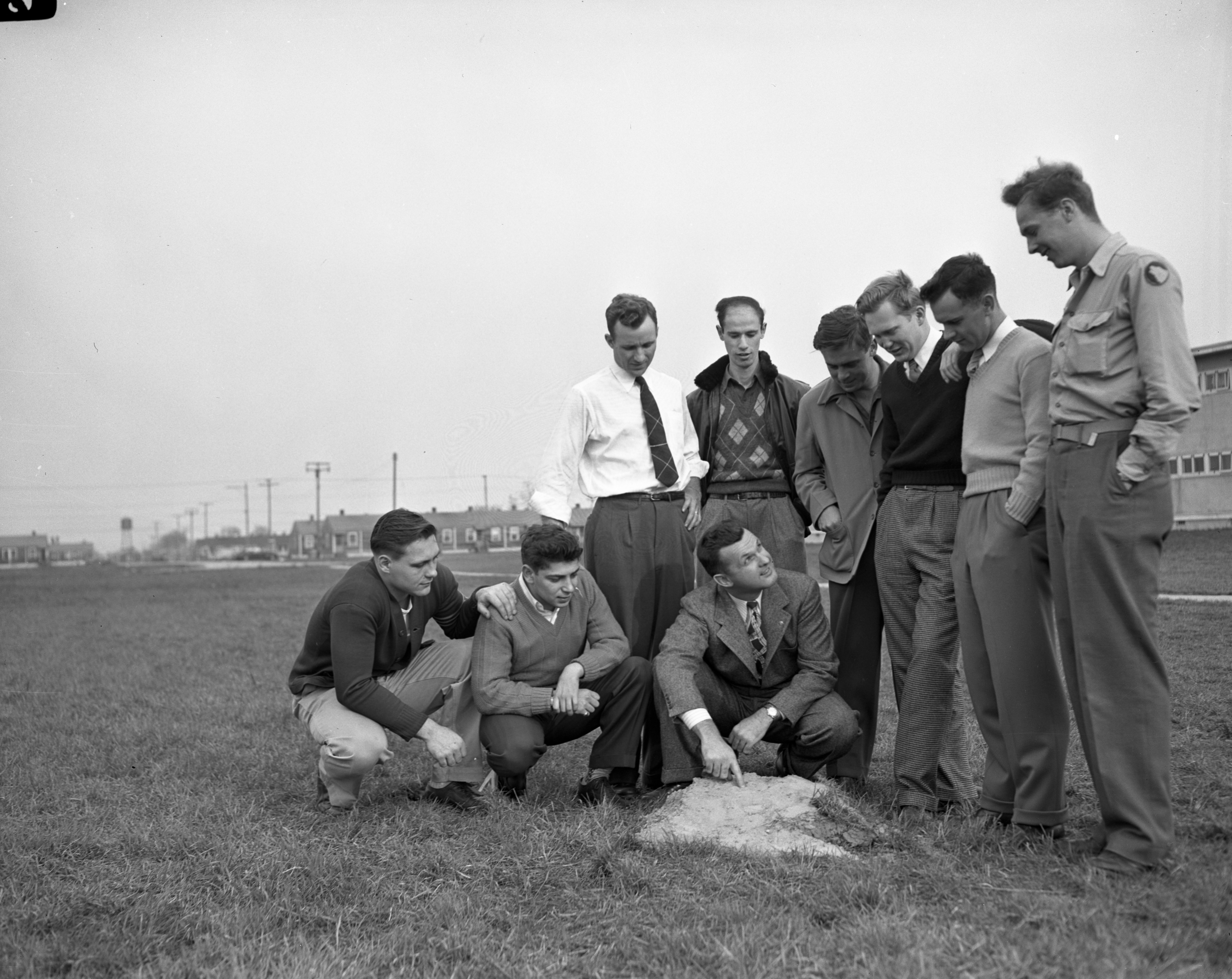 Athletic heads housed at Willow Village, April 1946 image