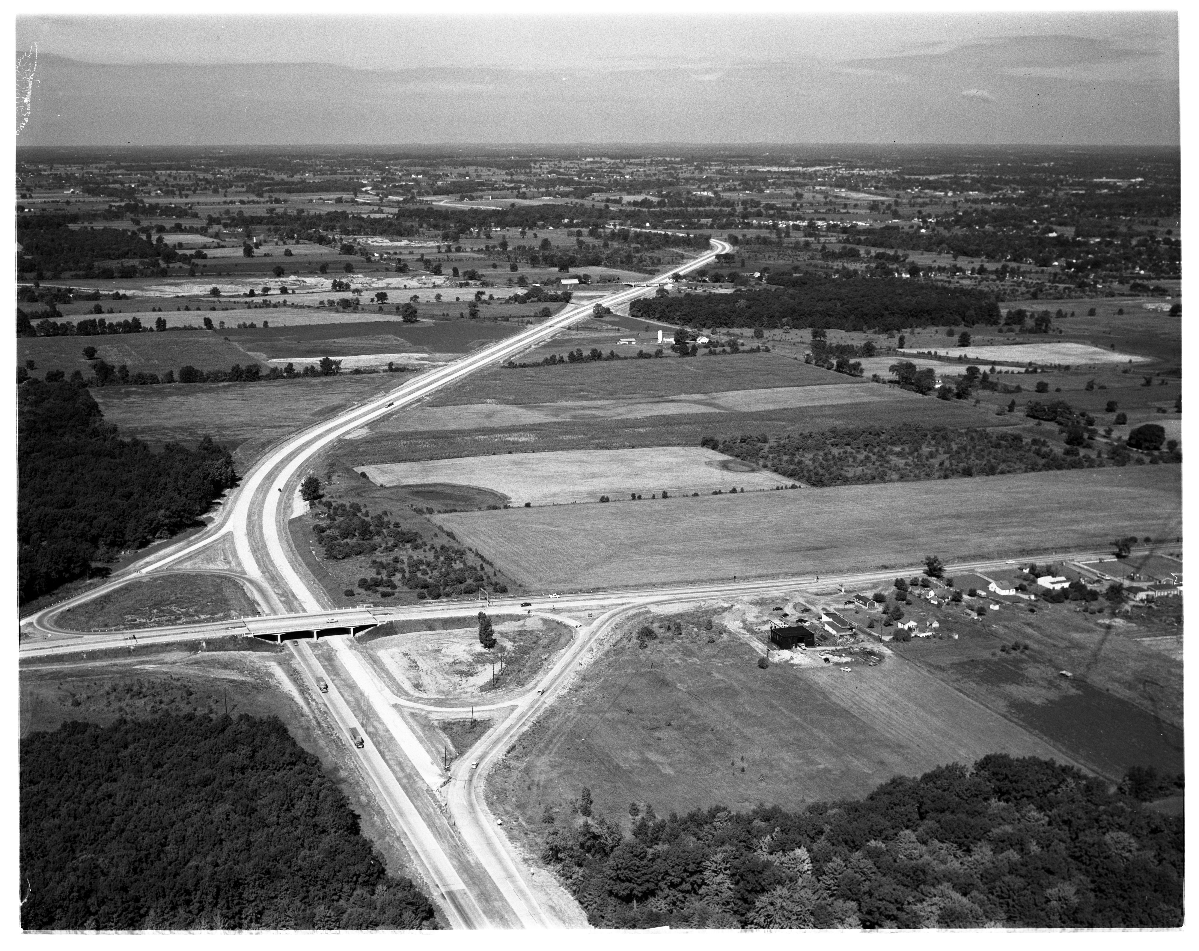 Aerial Photograph of the Willow Run Expressway Extension, August 1956 image