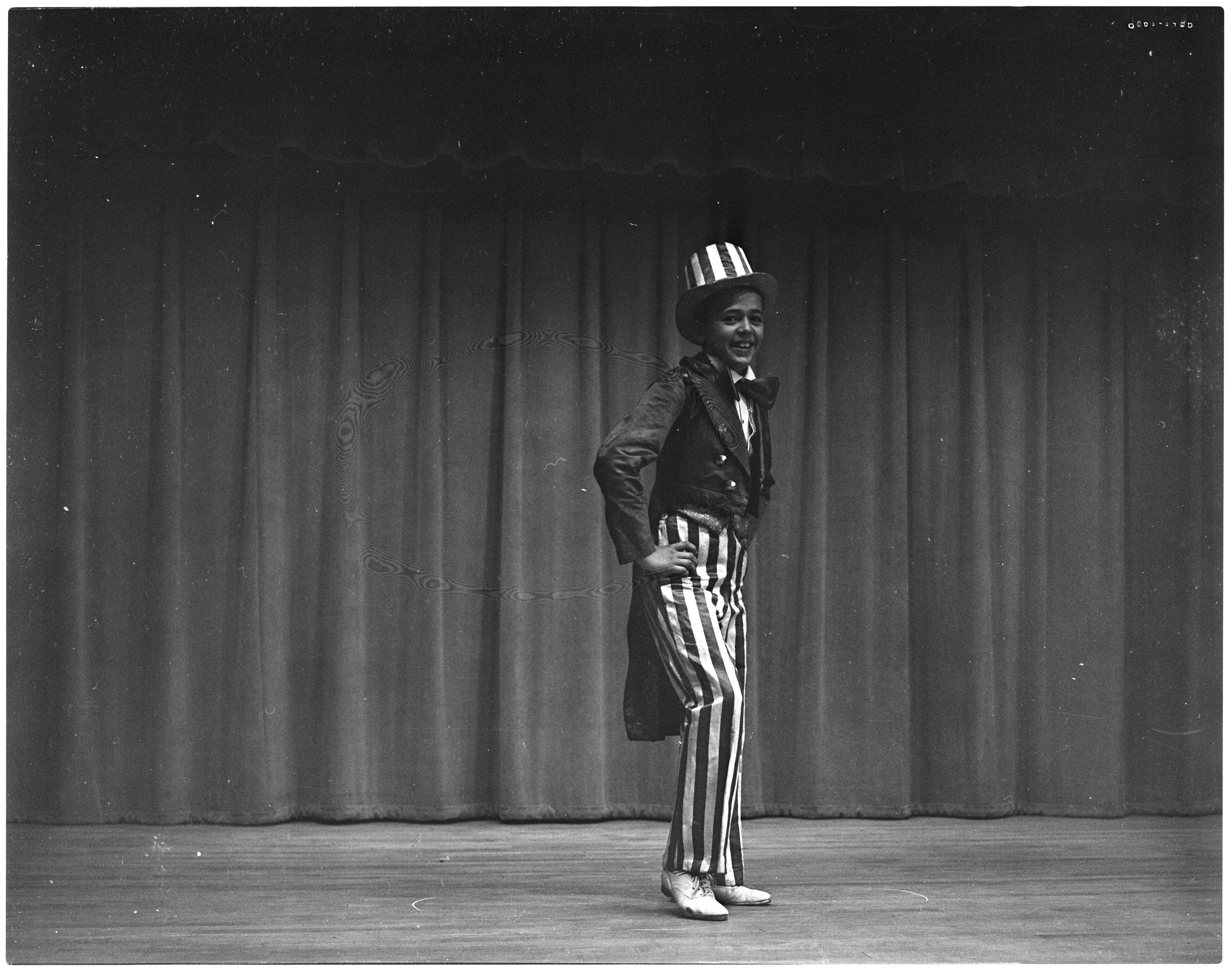 Dick Gaun Performing in Uncle Sam Costume image