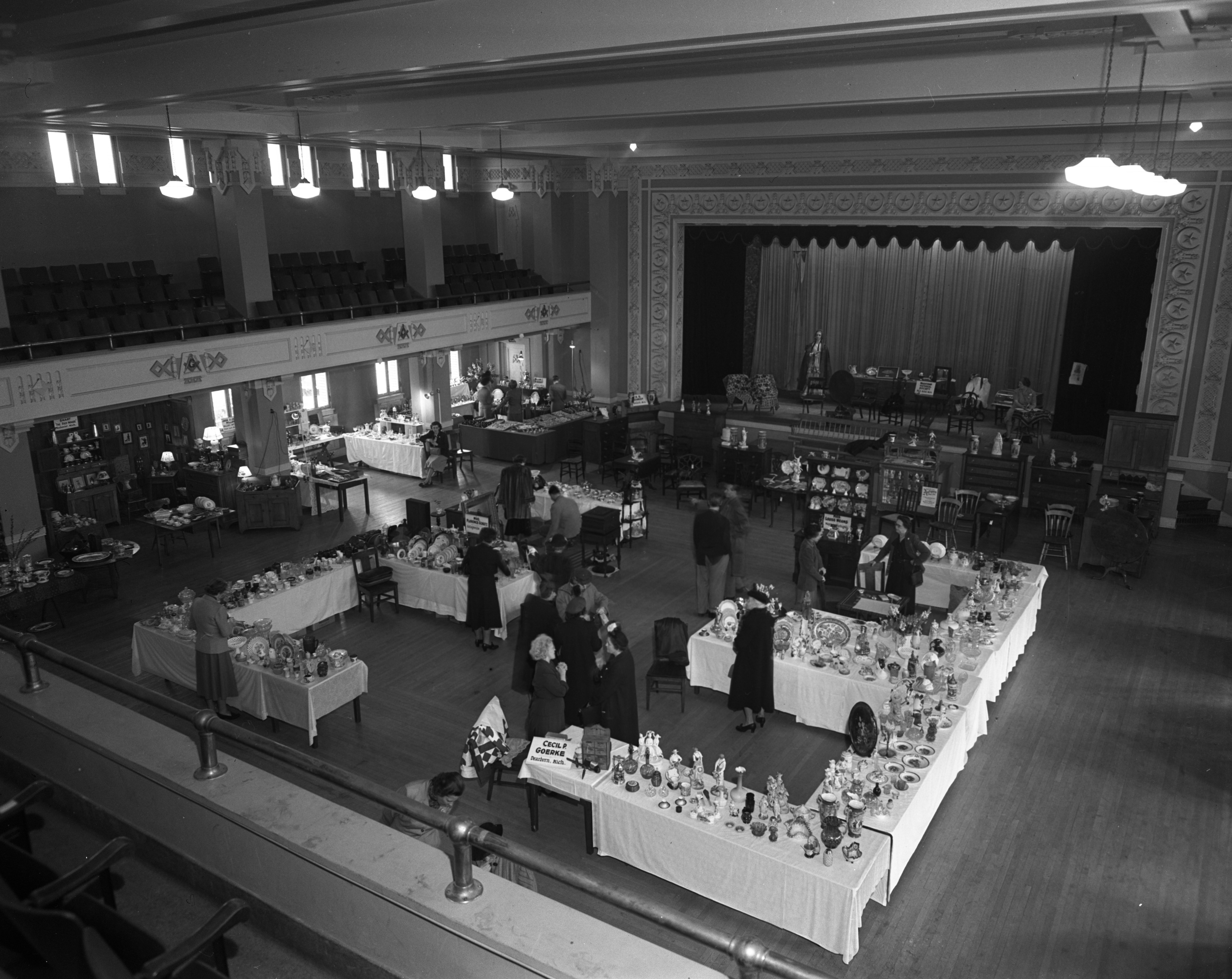 Antique Show at the Masonic Temple, April 1950 image