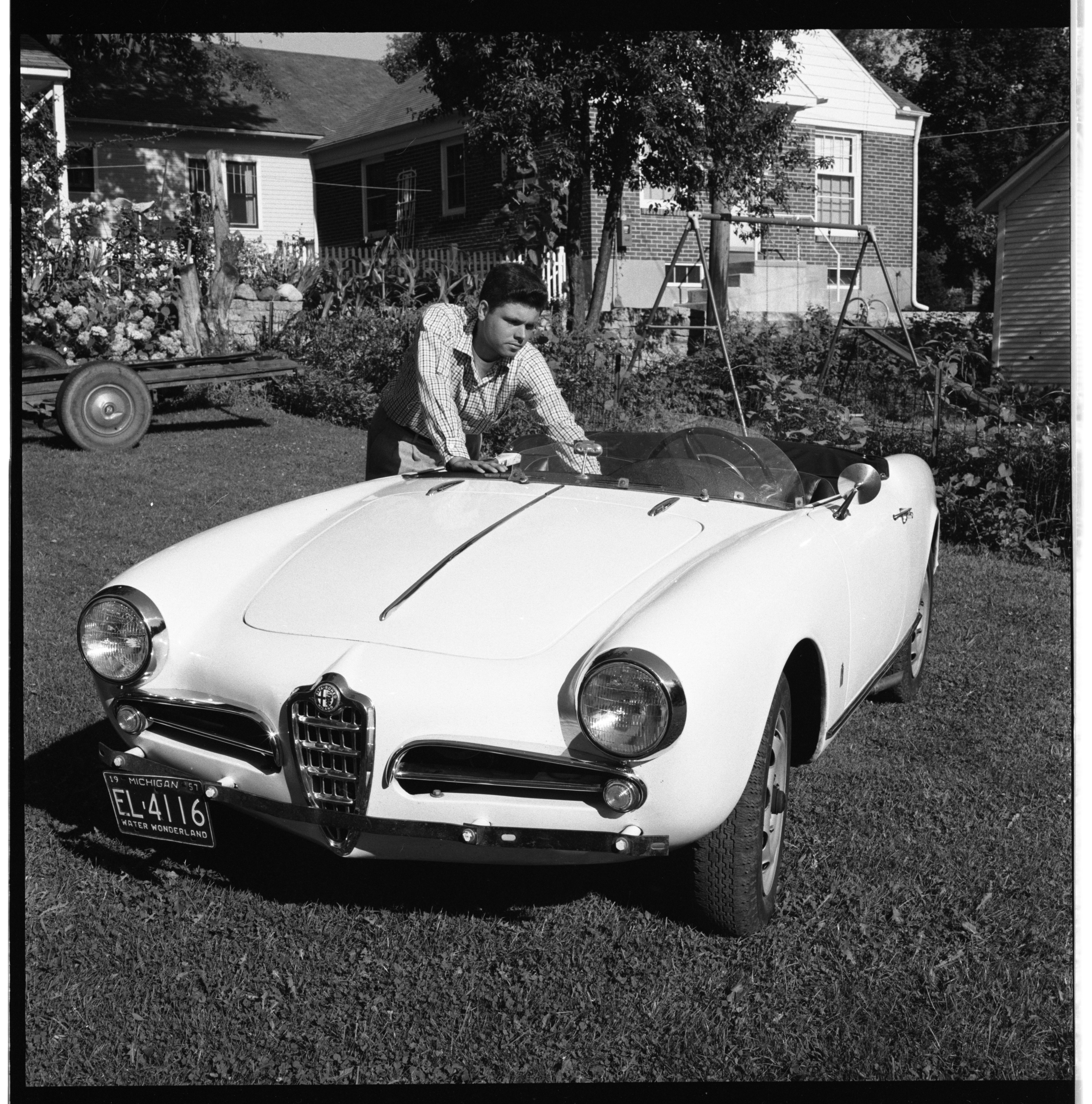 Bob Barsantee and his Alfa Romeo, August 1957 image