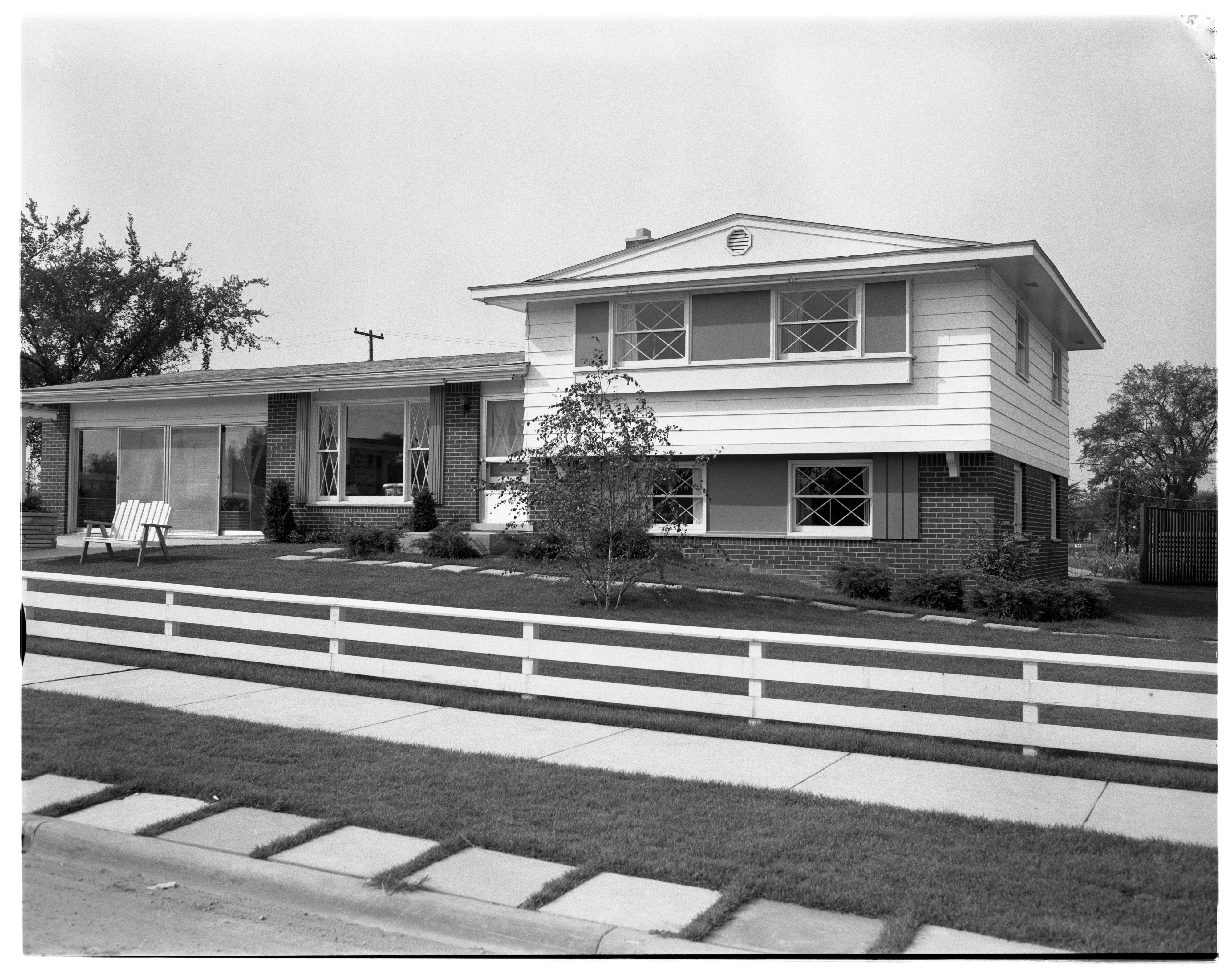"""The Knollwood"" Model Home in Forestbrooke Subdivision, September 1960 image"