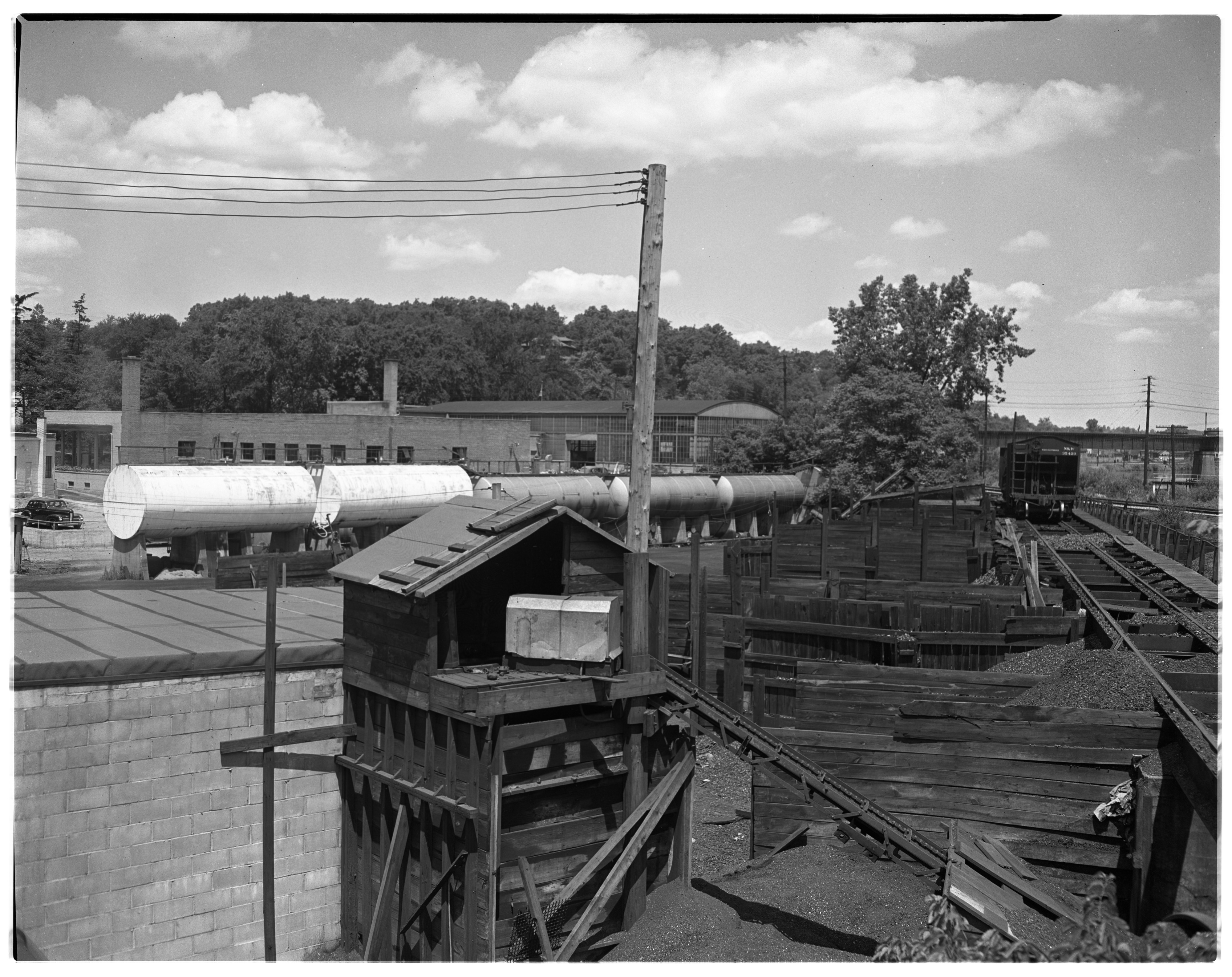 Yard & Tracks at Staebler-Kempf's New Headquarters, 912 N Main, July 1946 image
