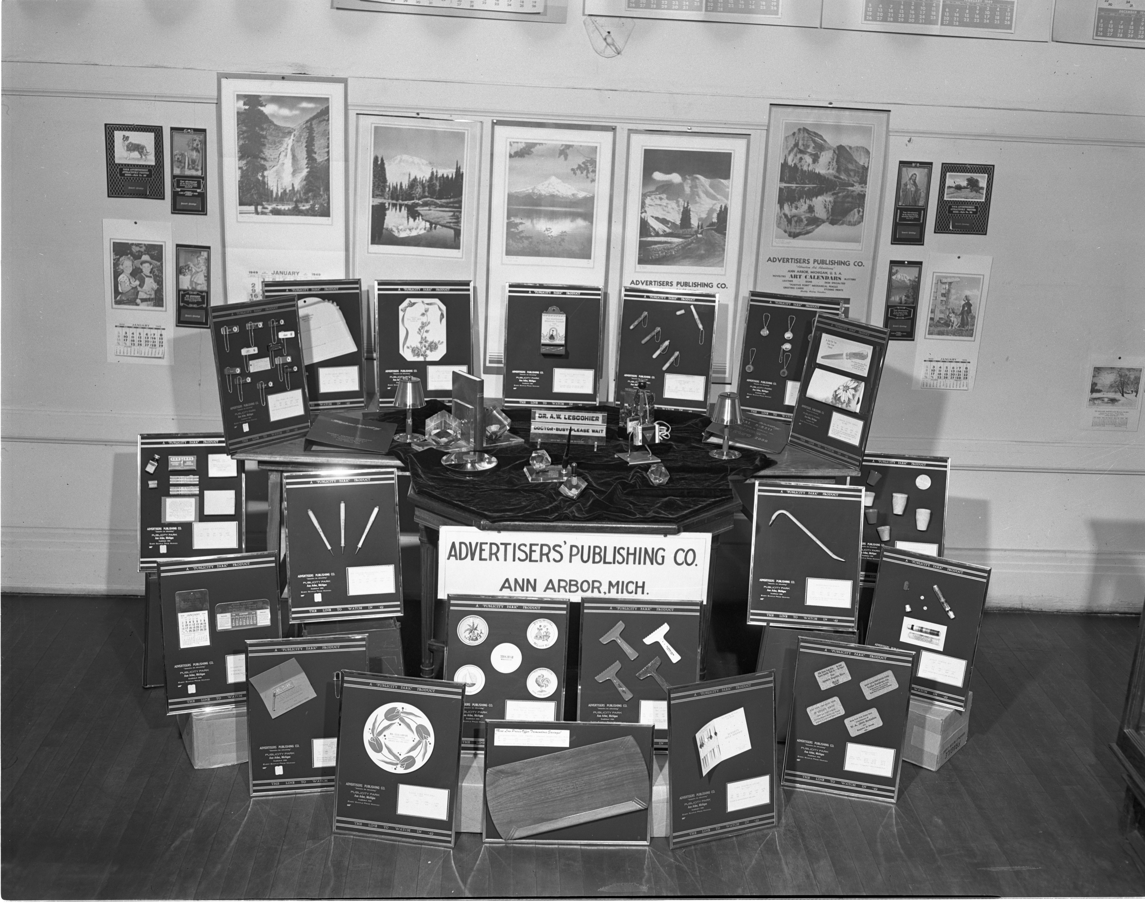 Advertisers Publishing Co. Product Display, September 1948 image